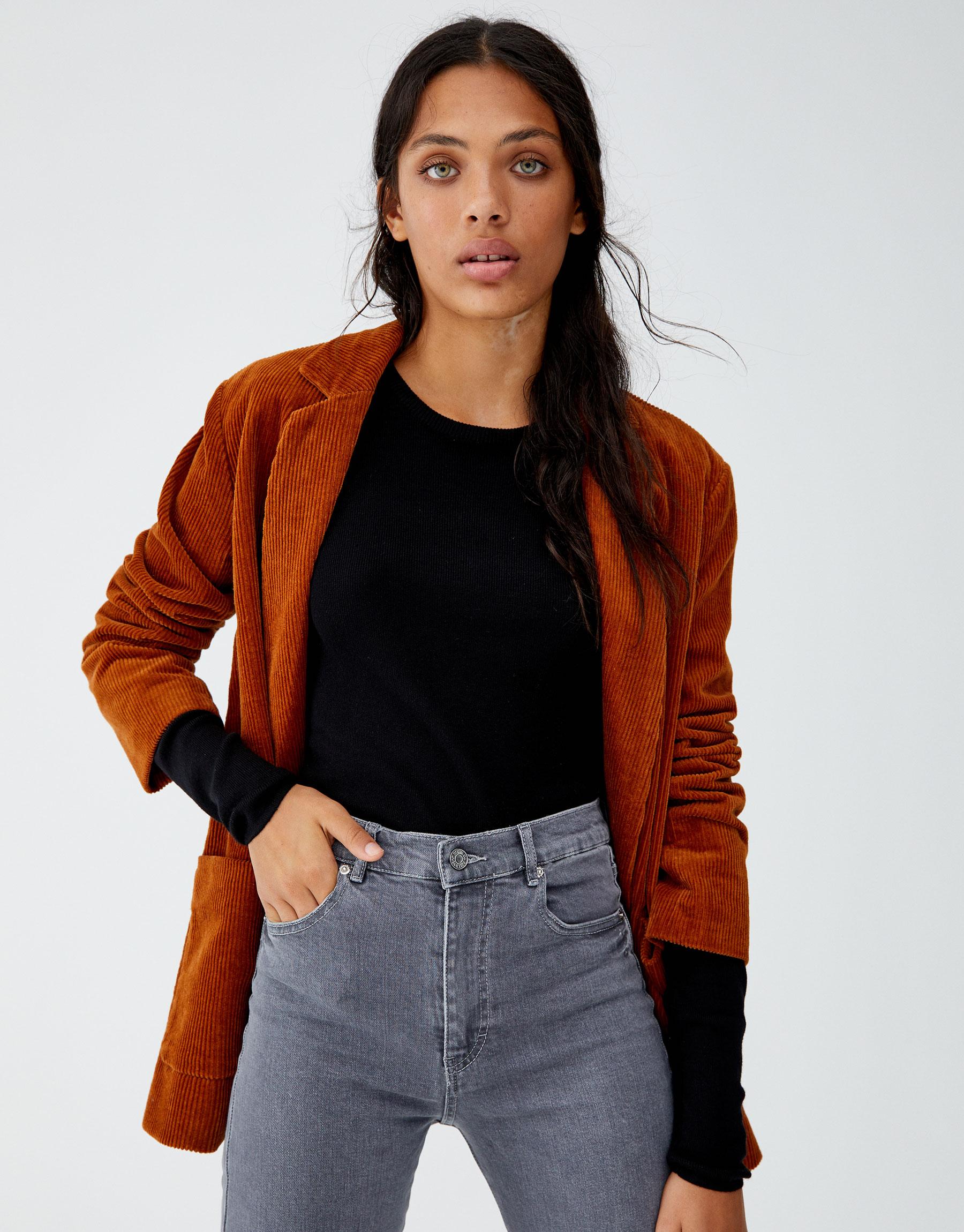 Imagen principal de producto de Jersey cropped cuello redondo - Pull & Bear