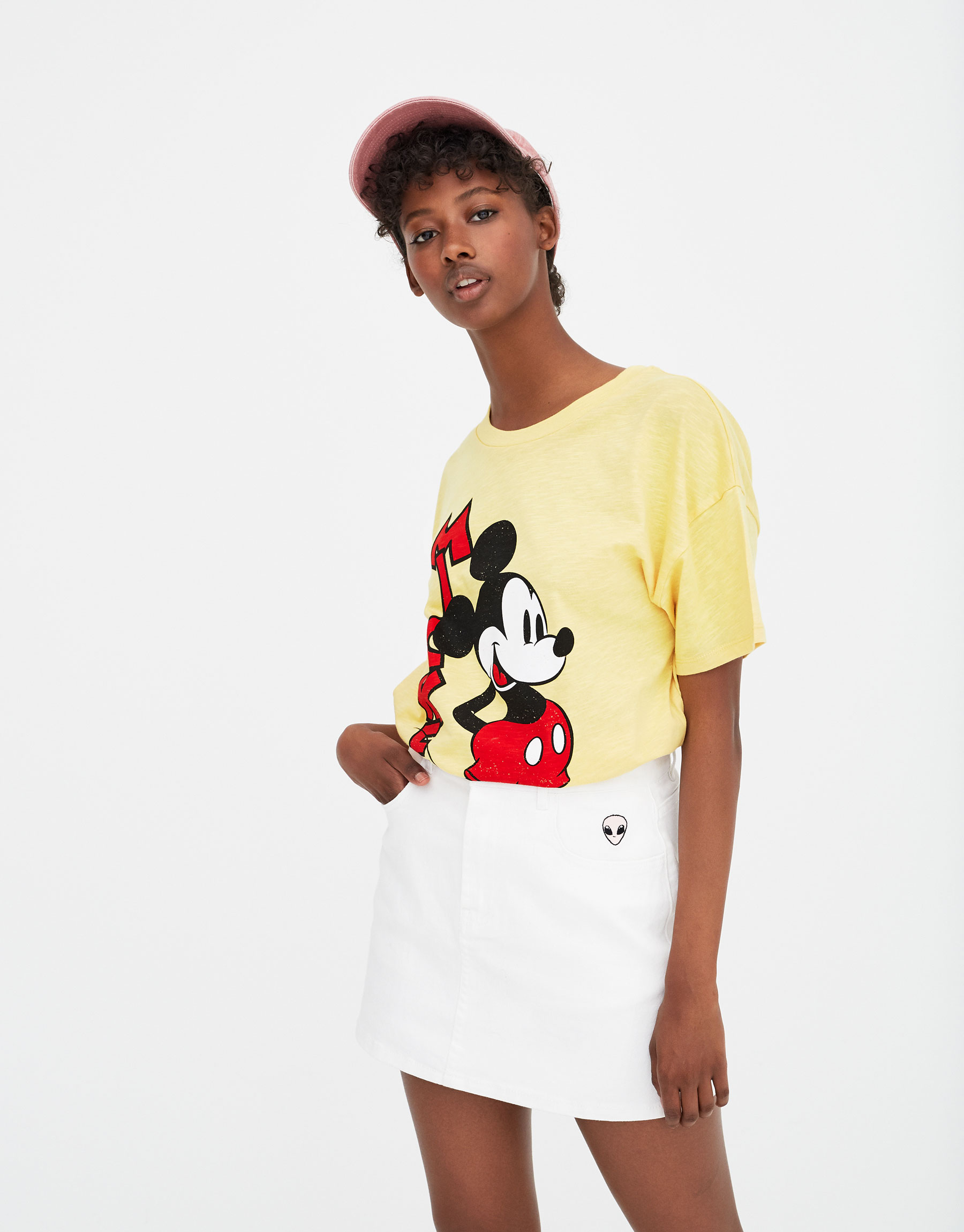 Imagen principal de producto de Camiseta Mickey manga corta - Pull & Bear
