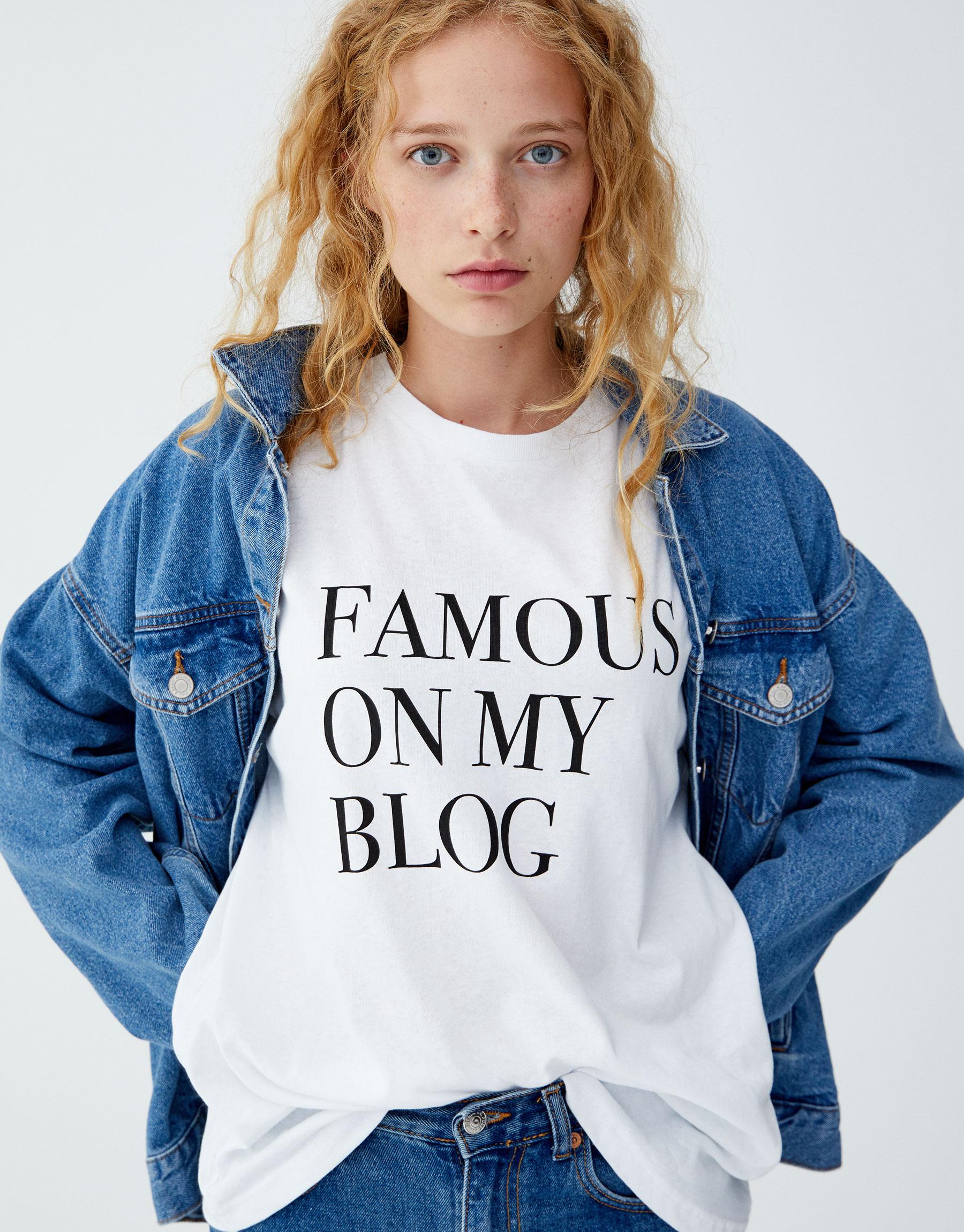 Imagen principal de producto de Camiseta texto pecho - Pull & Bear