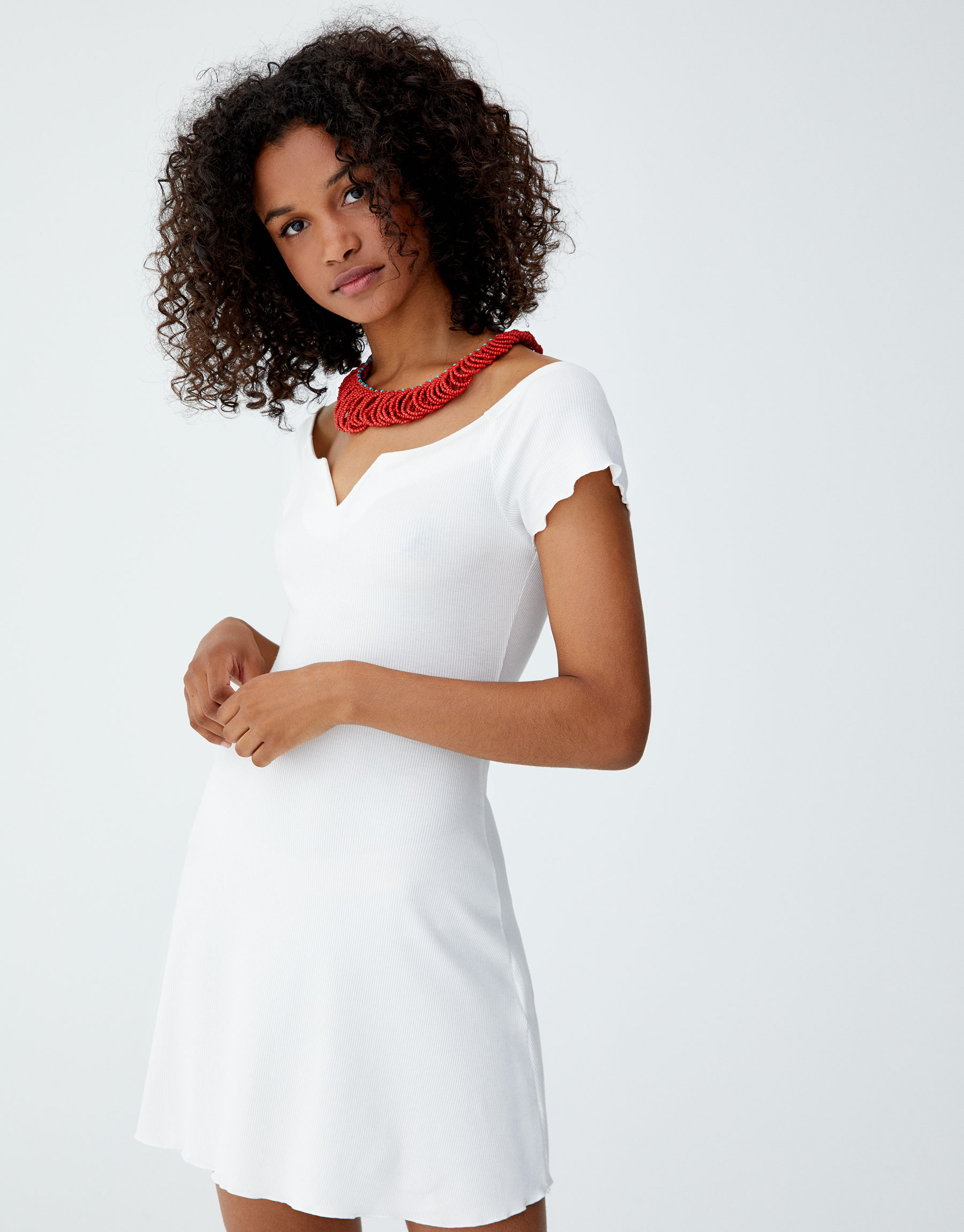 Imagen principal de producto de Vestido mini canalé escote barco - Pull & Bear