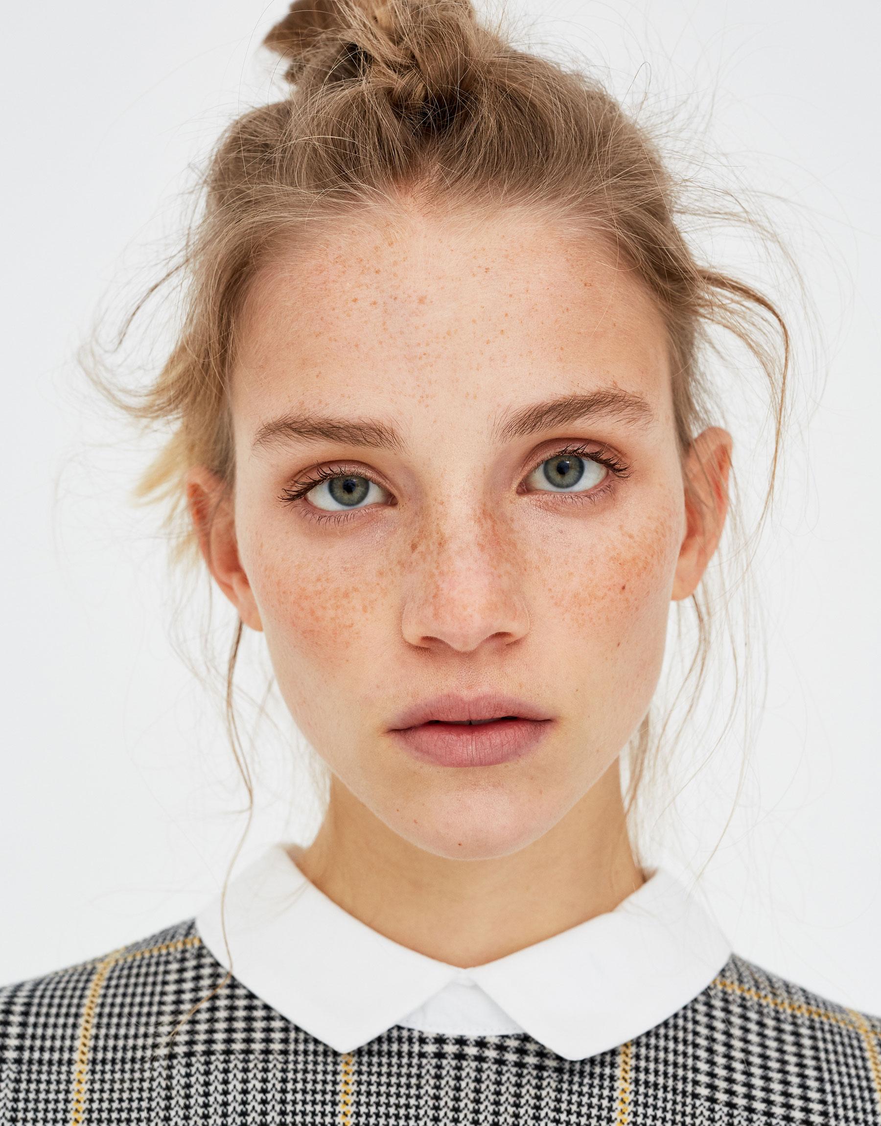 Imagen principal de producto de Vestido con cuello camisero - Pull & Bear