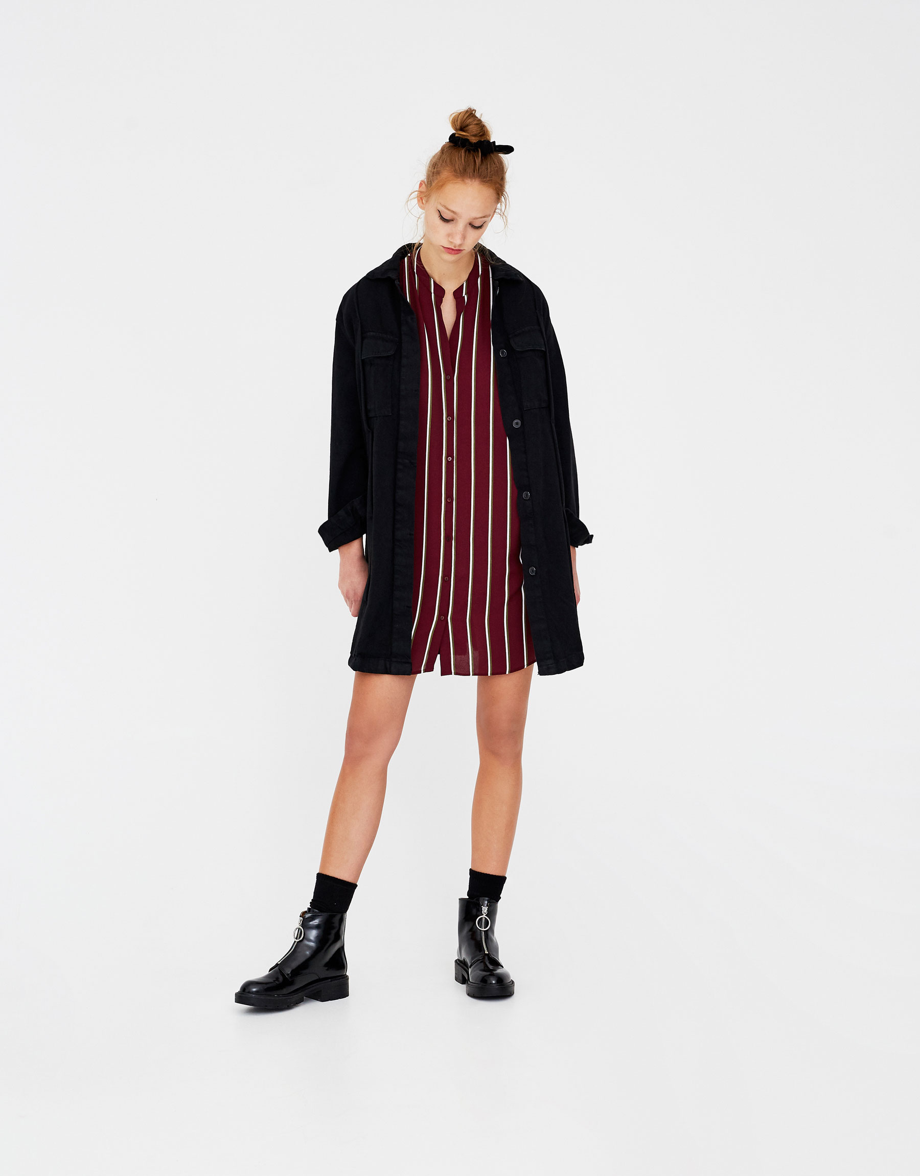 Imagen principal de producto de Vestido camisero con cuello mao - Pull & Bear