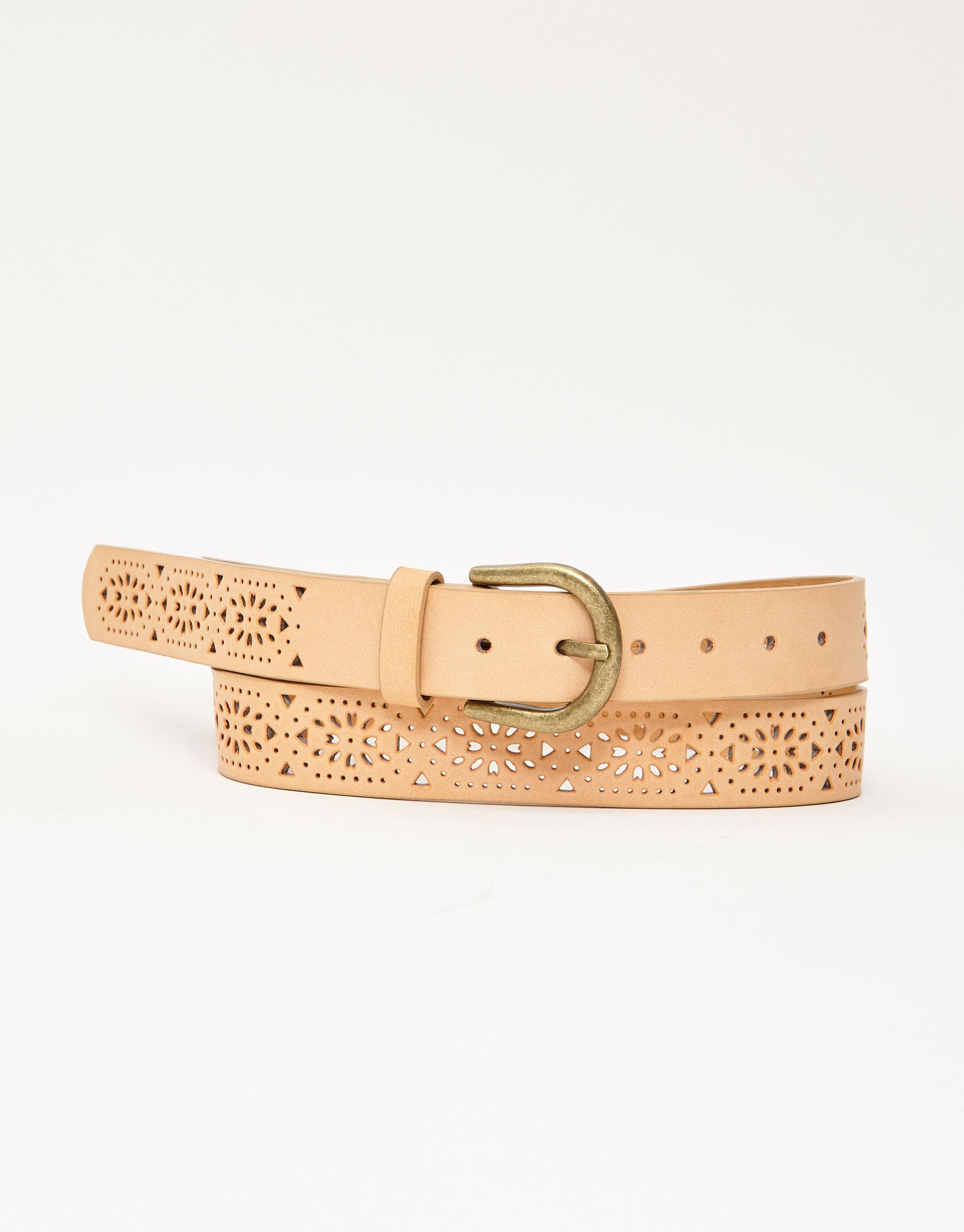 Imagen principal de producto de Cinturón troquelado con hebilla dorada - Pull & Bear