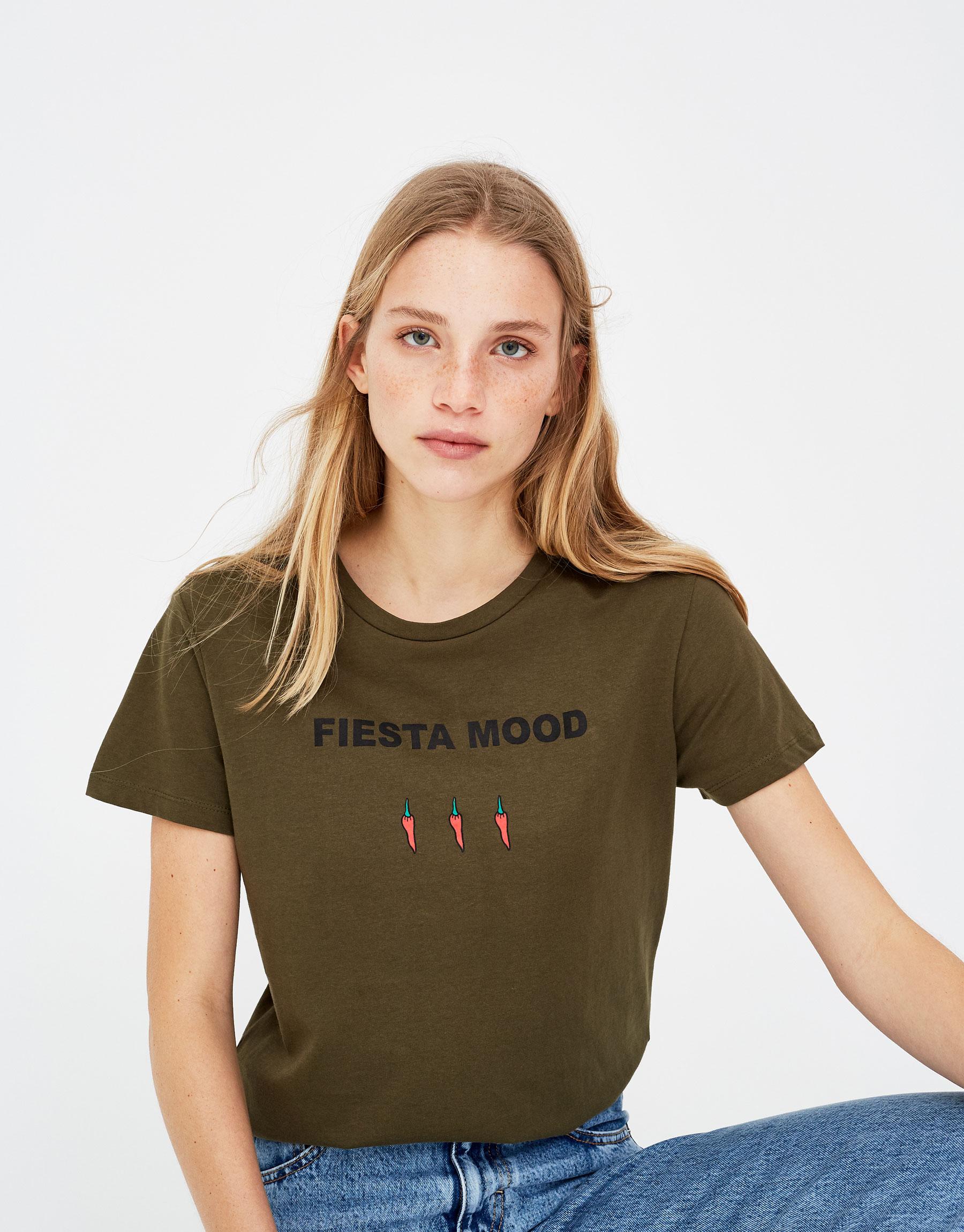 Imagen principal de producto de Camiseta con ilustración - Pull & Bear