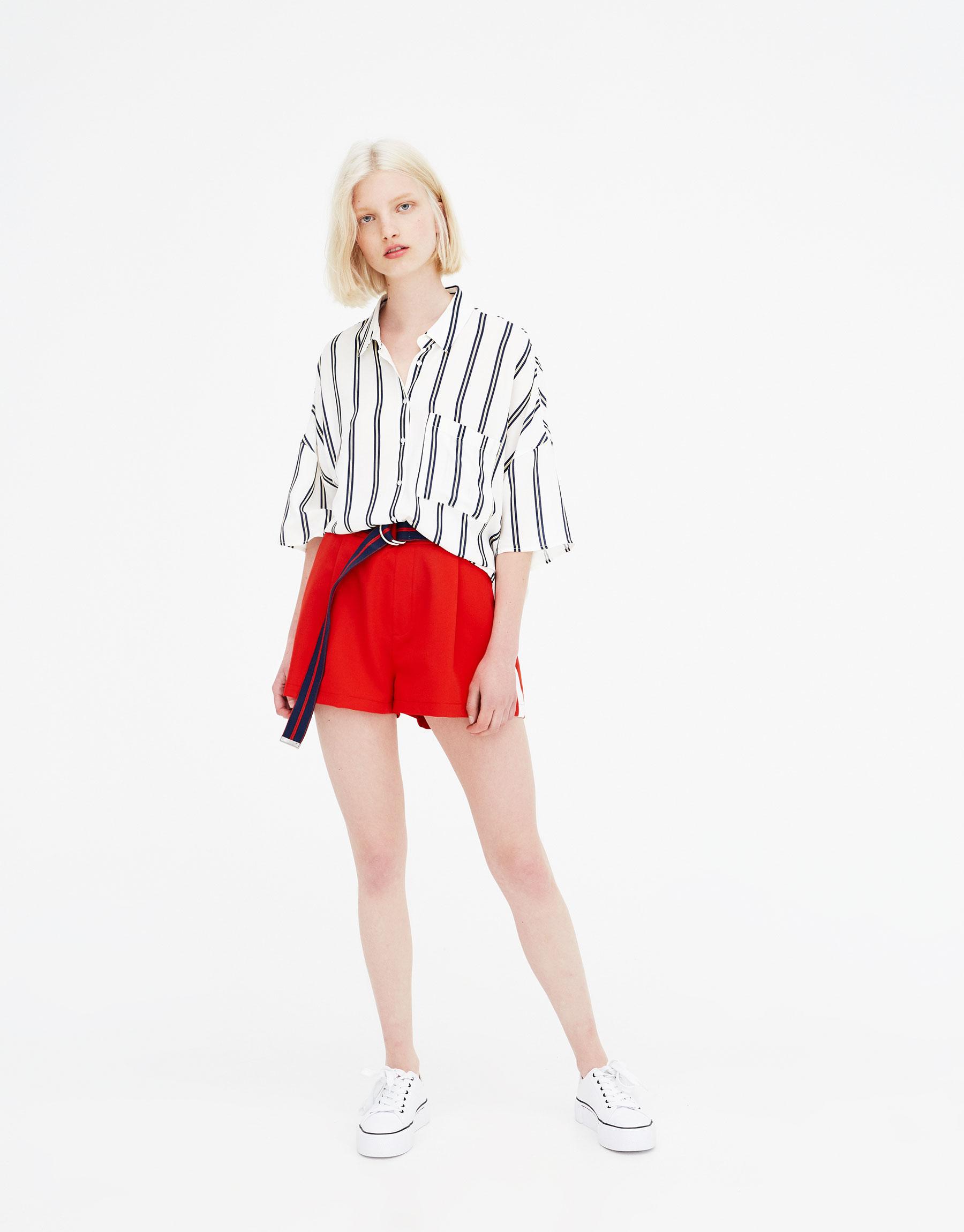 Imagen principal de producto de Camisa manga corta rayas marineras - Pull & Bear