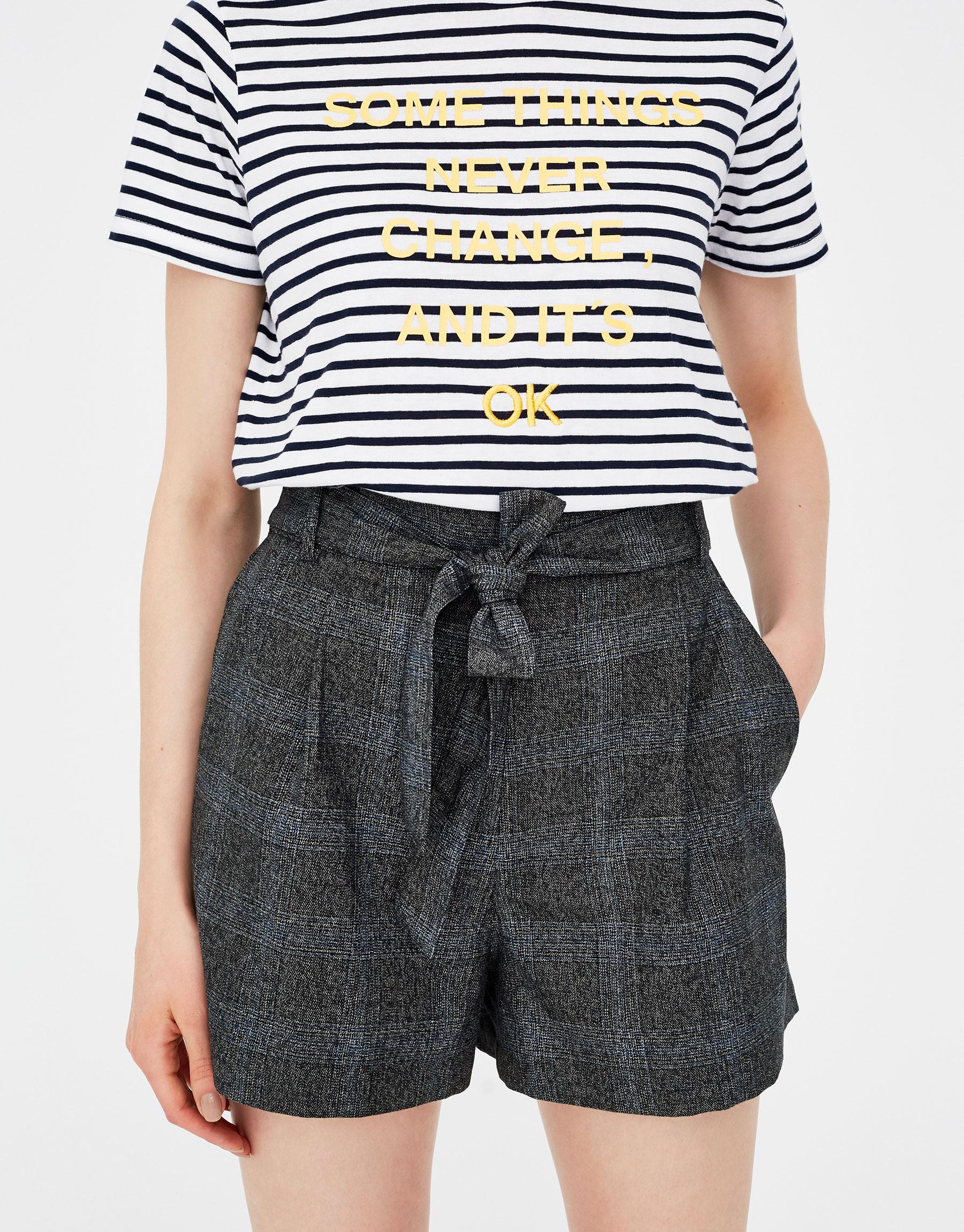 Imagen principal de producto de Short tipo tailoring cuadros - Pull & Bear
