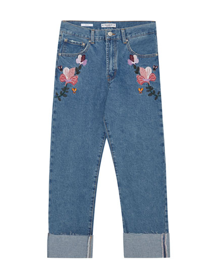 Slim straight fit jeans with embroidery