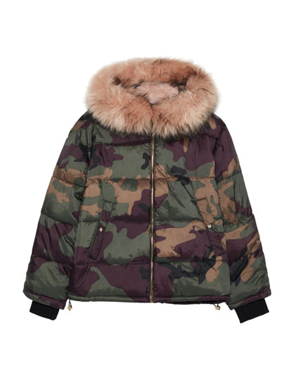 Camouflage jacket with detachable faux fur hood