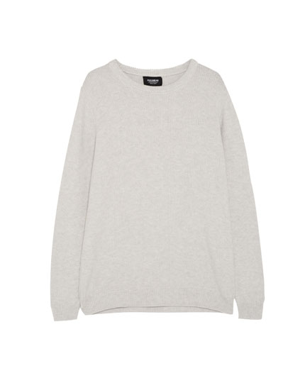 Round-neck textured sweater