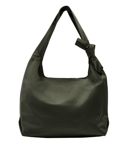 Tote bag with bow detail.
