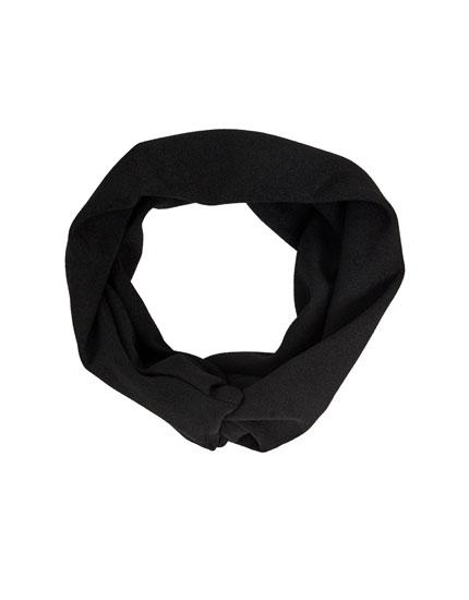 Wide black bandanna