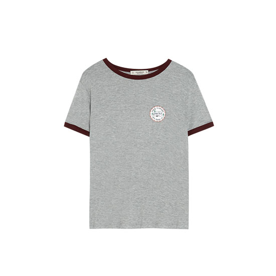 T-shirt with contrasting trim on neckline and sleeves