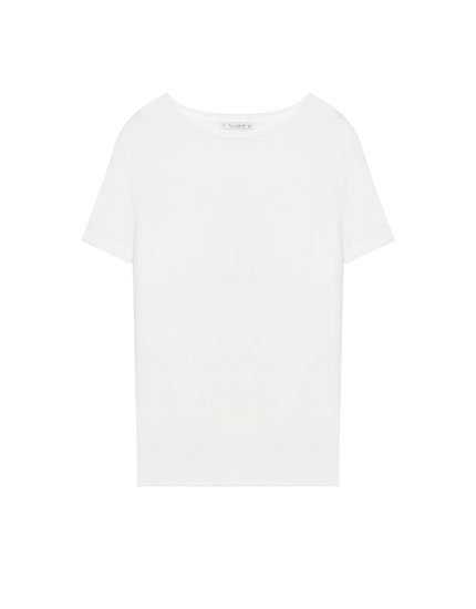Basic round neck T-shirt