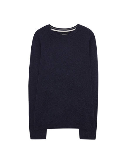 Basic round-neck sweater