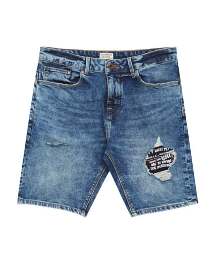 Slim fit bermuda shorts with patches.