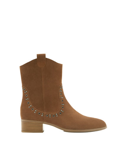 Split suede western-style ankle boots
