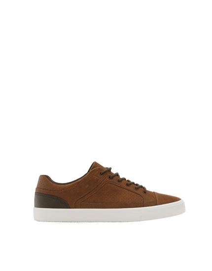 Urban brown sneakers