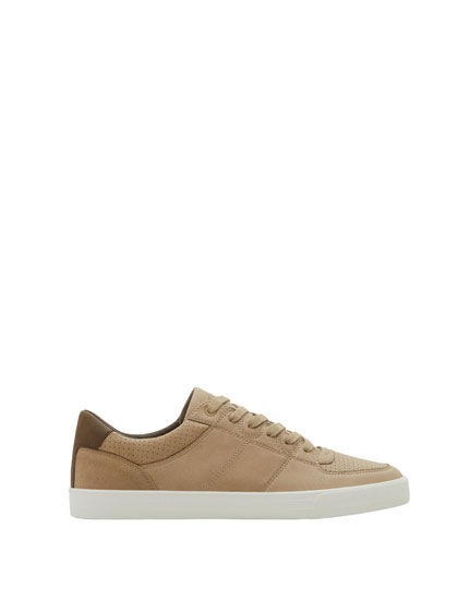 Sand-coloured sneakers with die-cut detail