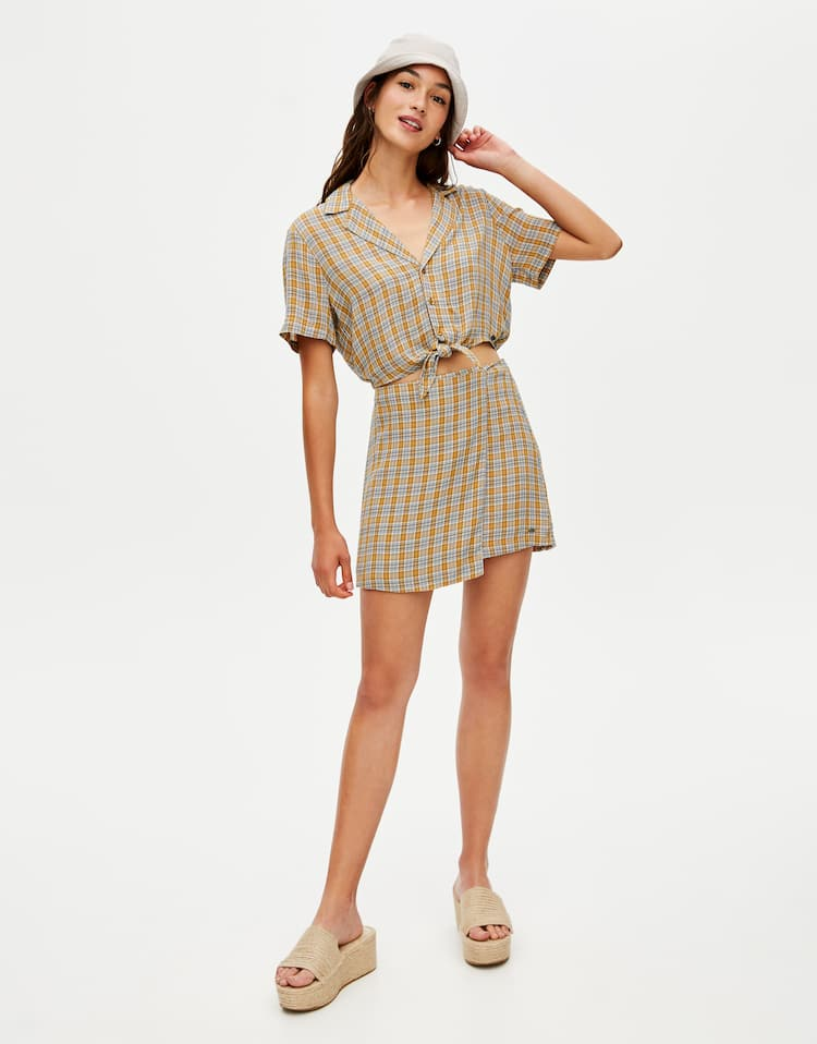 fdb90c32b6 Discover the latest in Women's Trendy Skirts | PULL&BEAR