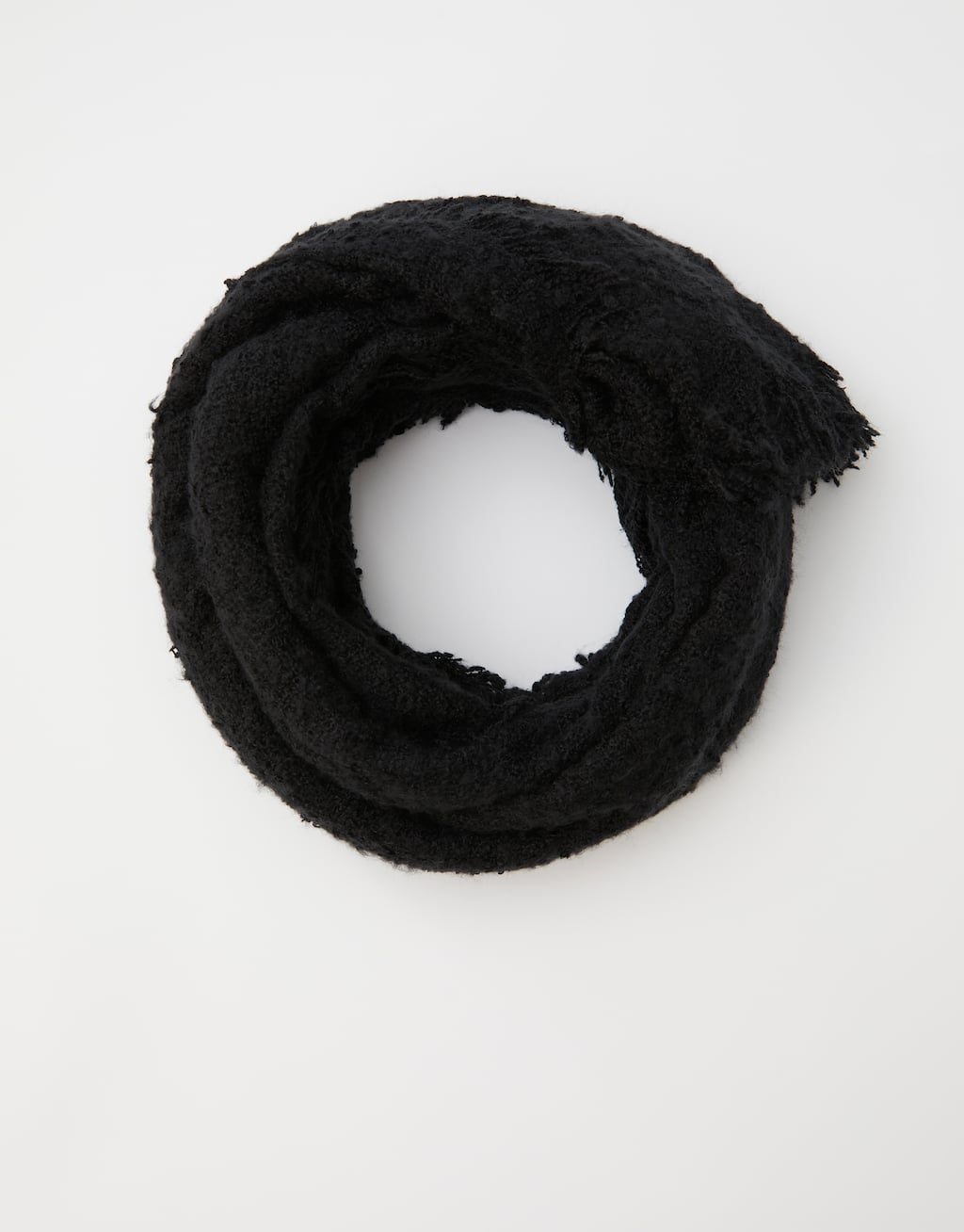 Basic Coloured Scarf With Fringing by Pull & Bear