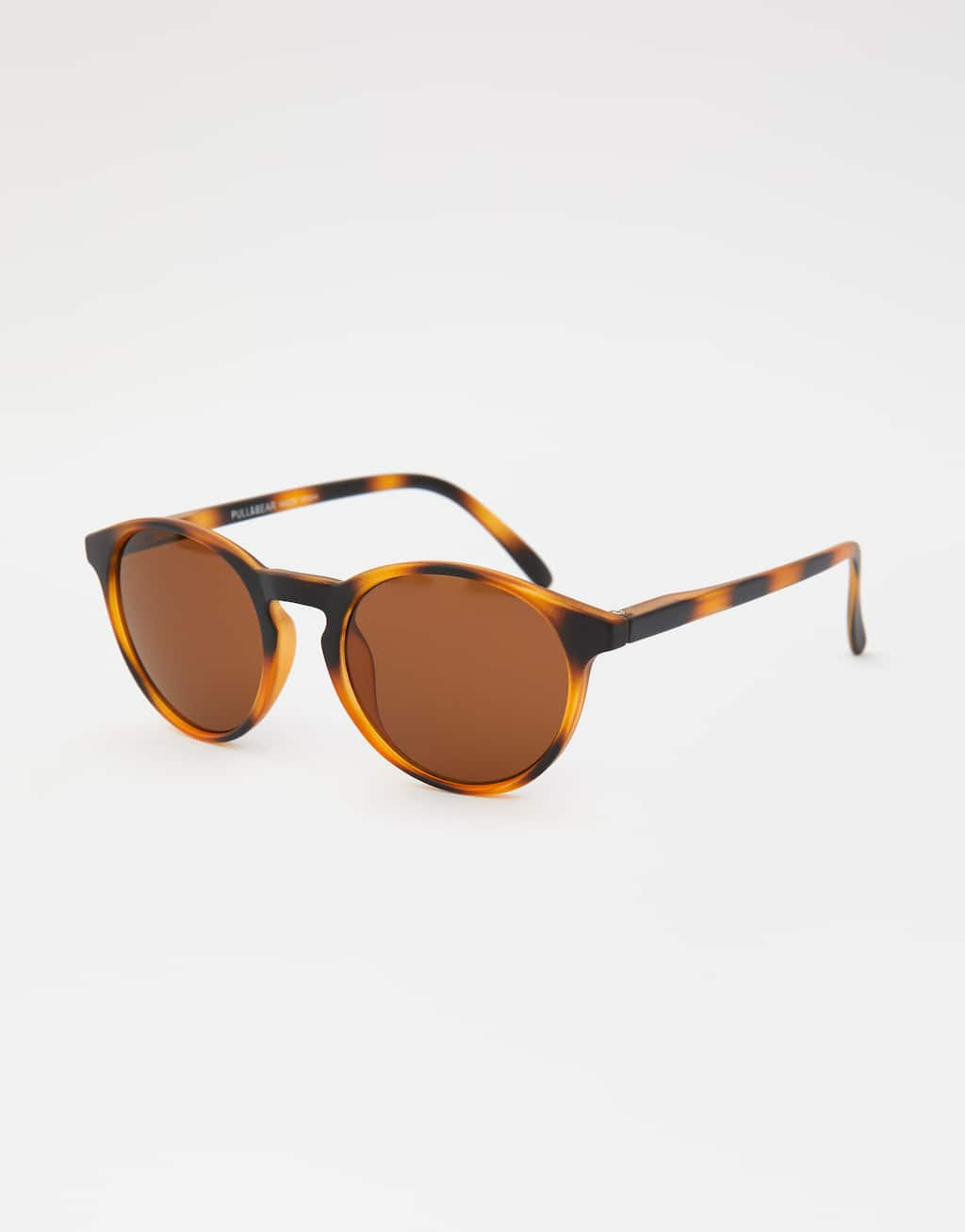 matte-tortoiseshell-sunglasses by pull-&-bear