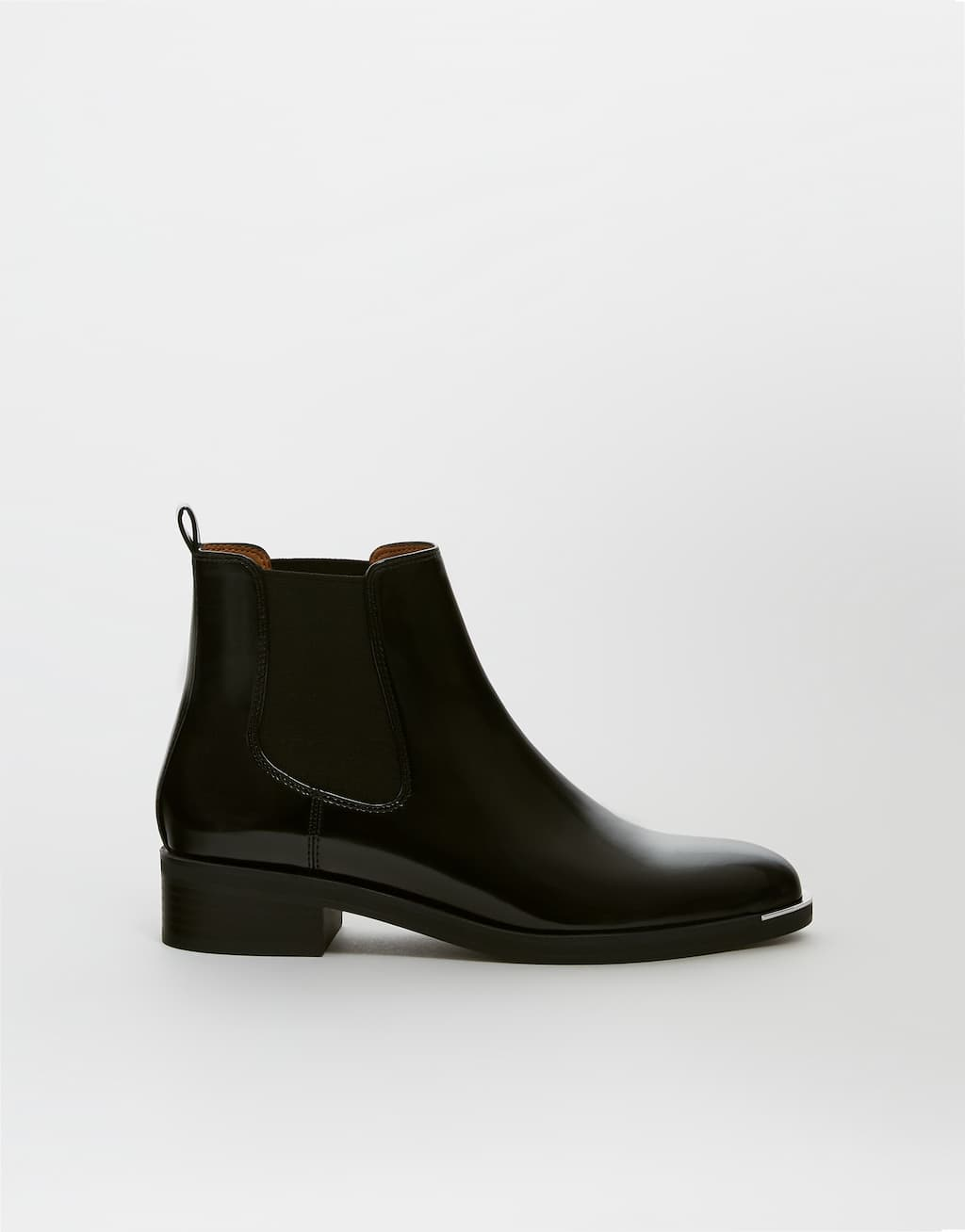 Glossy Black Ankle Boots by Pull & Bear