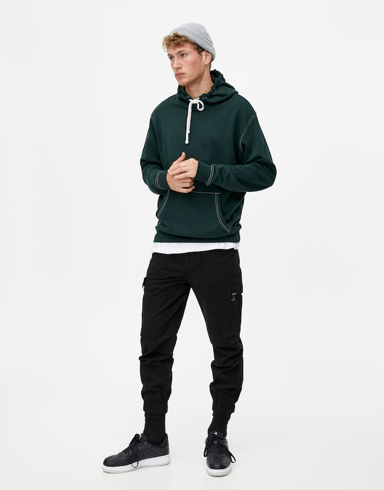 935021aa5d995 Cargo trousers with elastic cuffs and pockets
