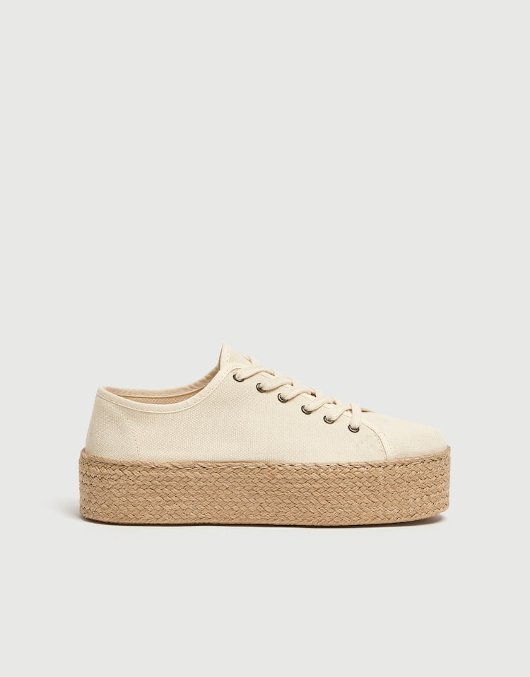 7ca95d8e4291 Sadie Sink Join Life chunky jute sole trainers