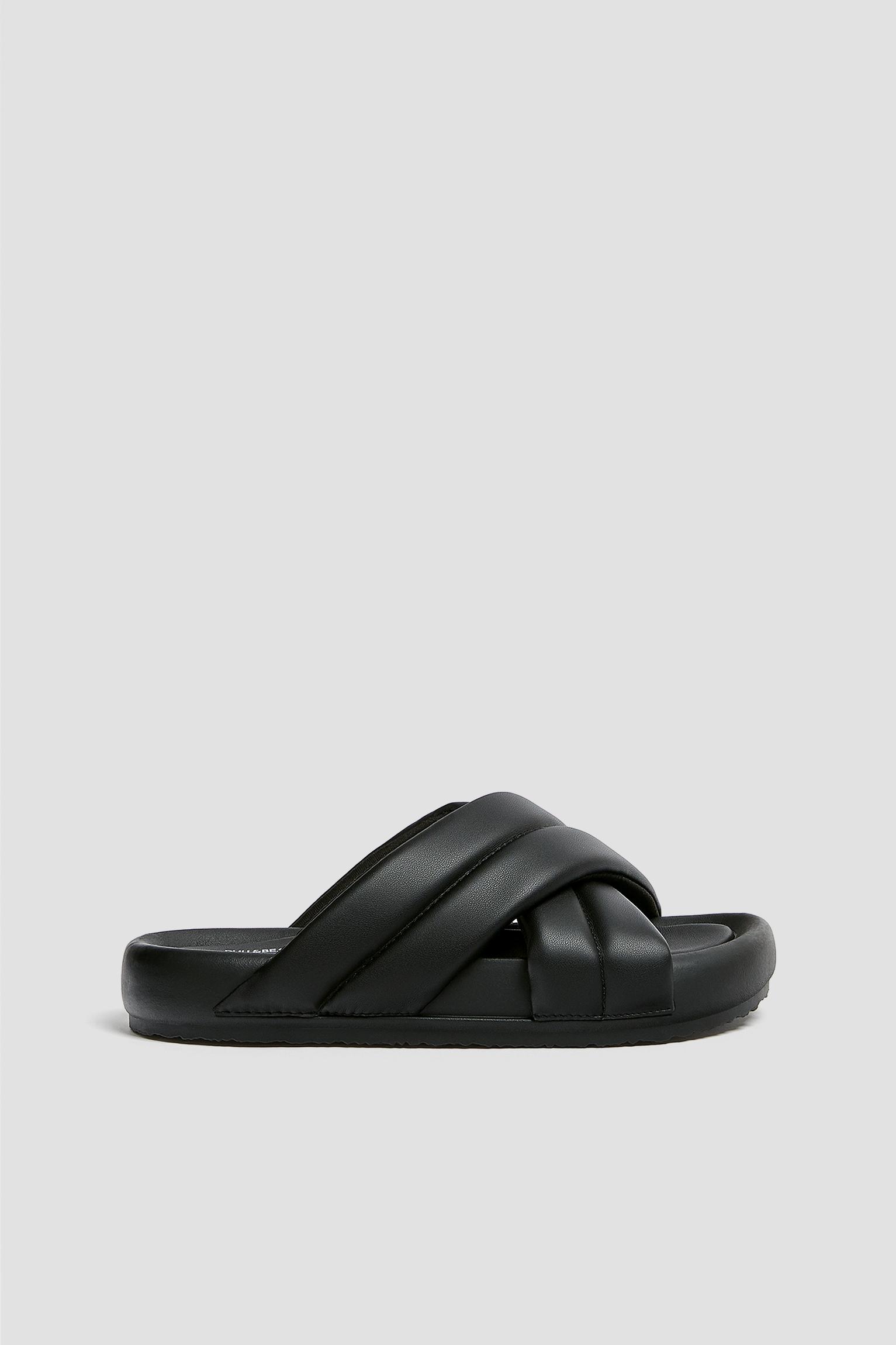 Padded flat crossover sandals - PULL\u0026BEAR