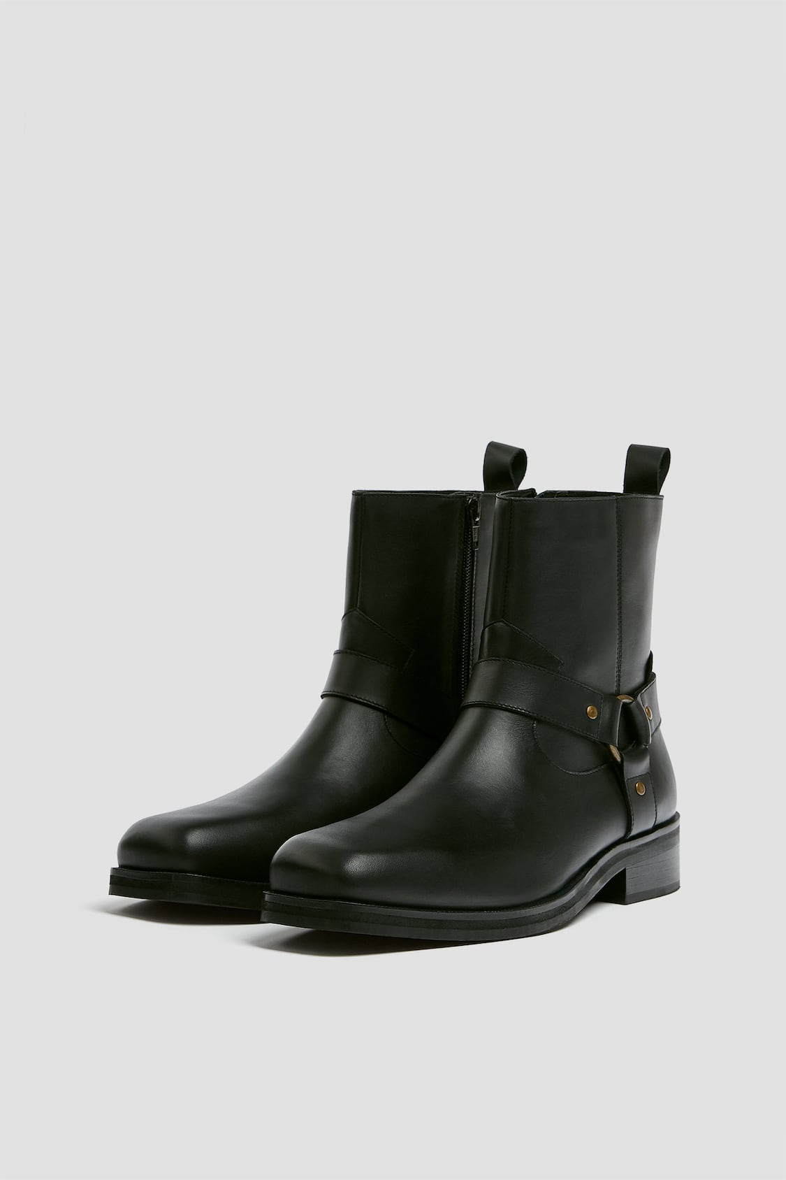 cowboy boots men from Pull and Bear