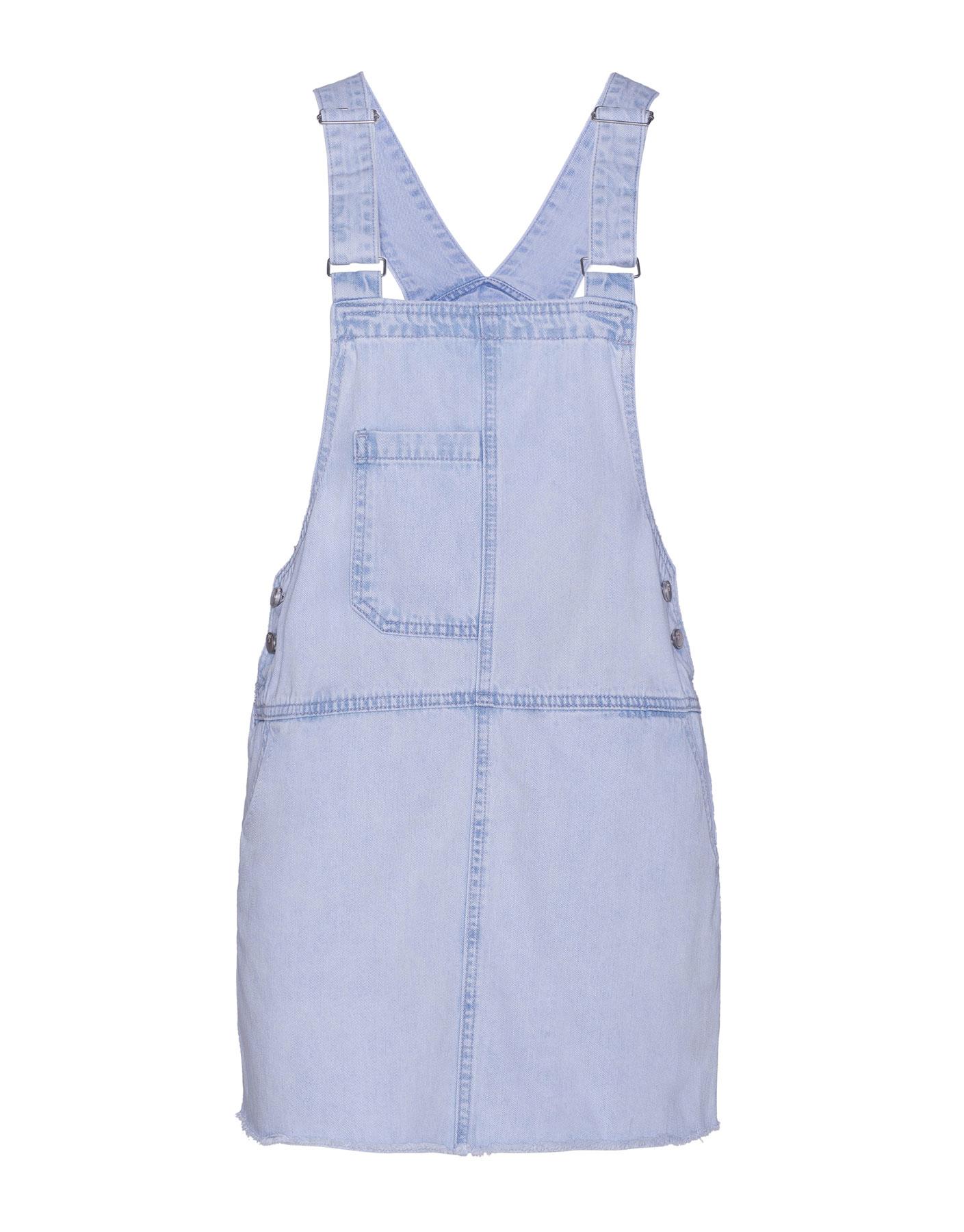 Jeansowa sukienka fartuszek Pull & Bear JASNONIEBIESKI