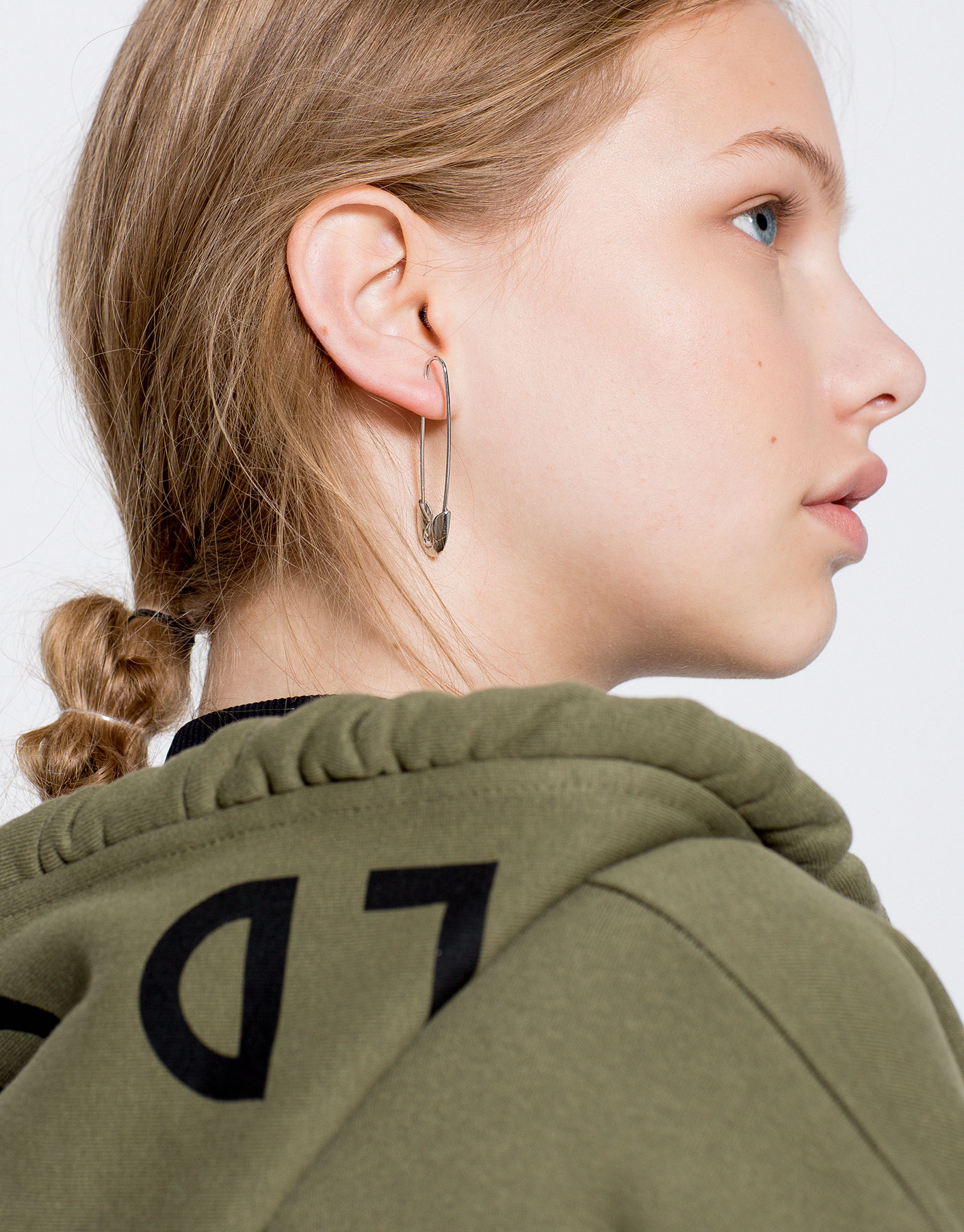 Safety-pin shaped earrings