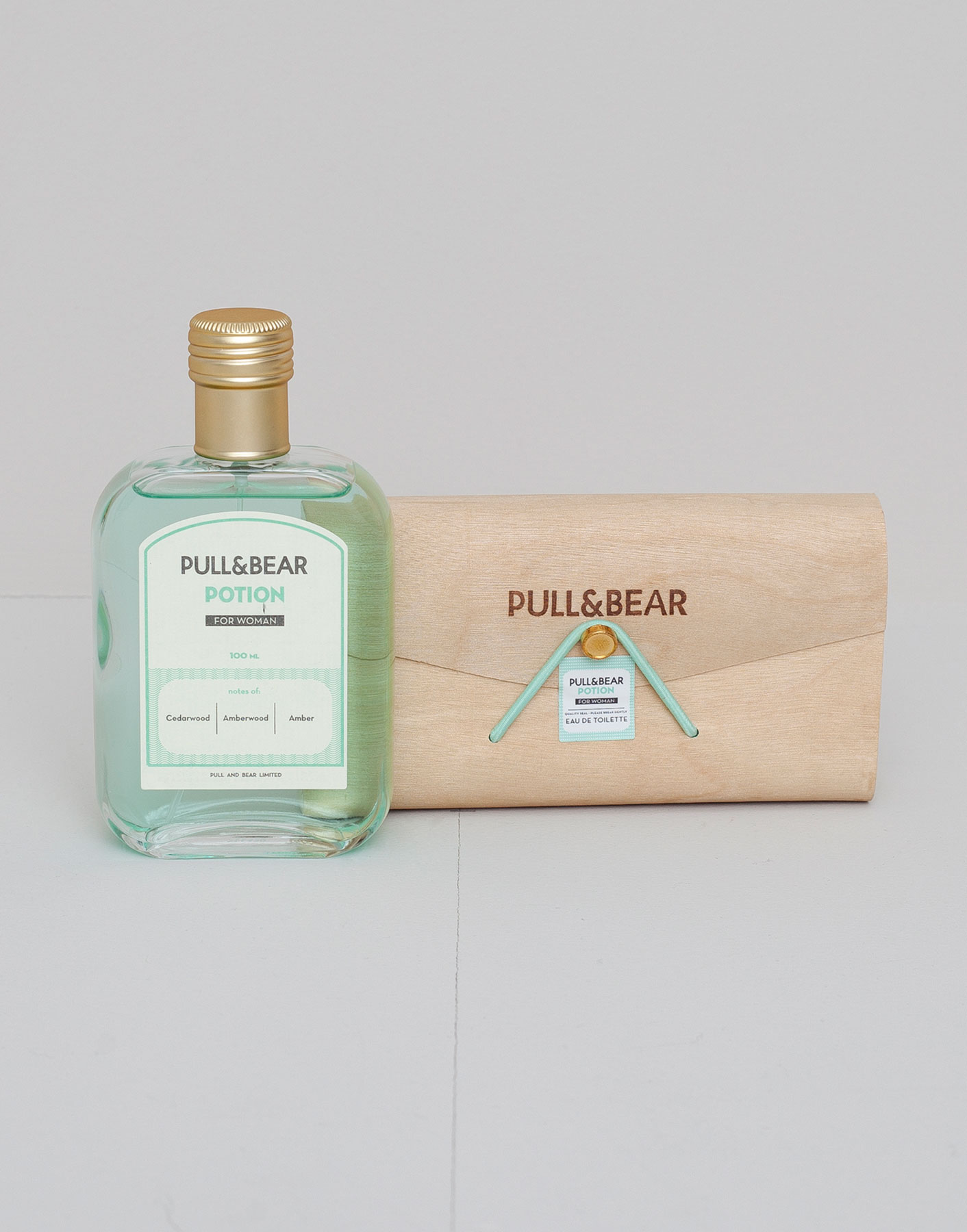Eau de cologne pull & bear potion woman