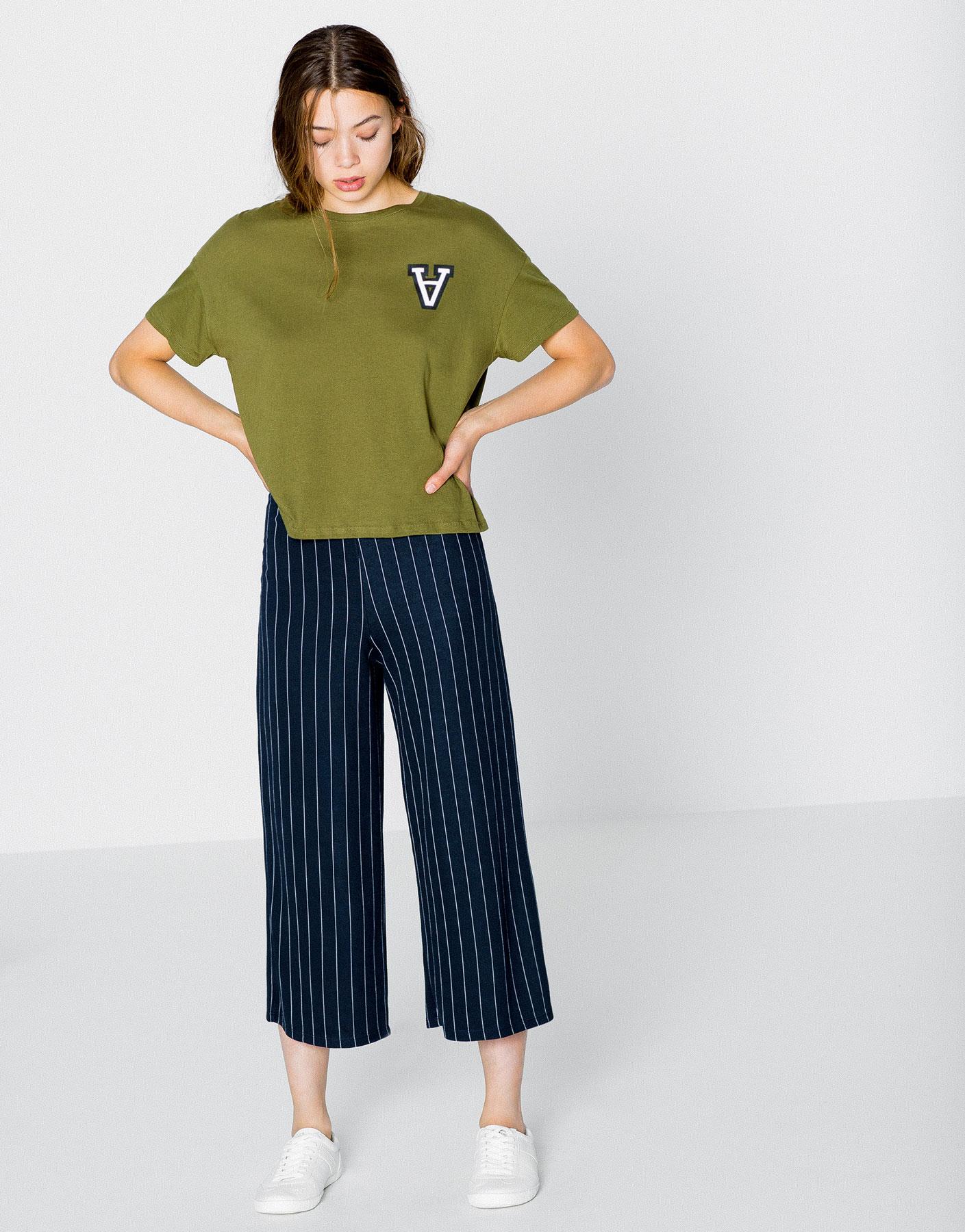 T-shirt estampada manga curta