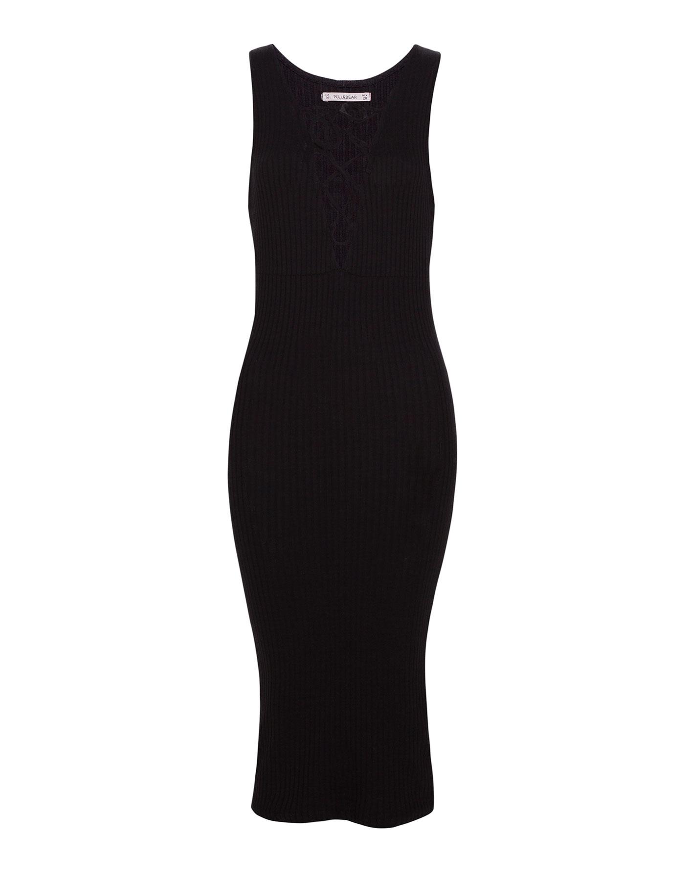 Gładka sukienka z dekoltem na plecach Pull & Bear CZARNY
