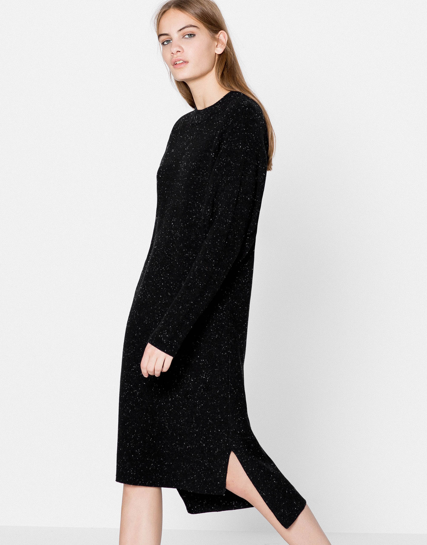 Asymmetric dress with batwing sleeves