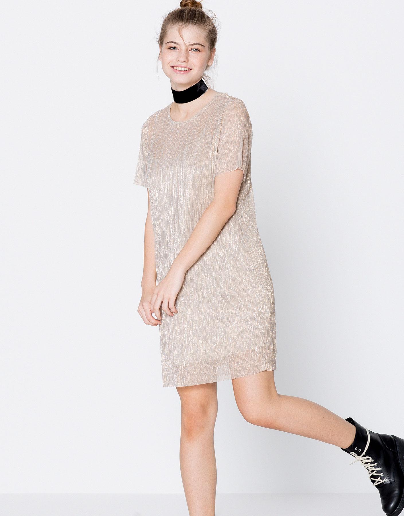 Short-sleeve metallic dress
