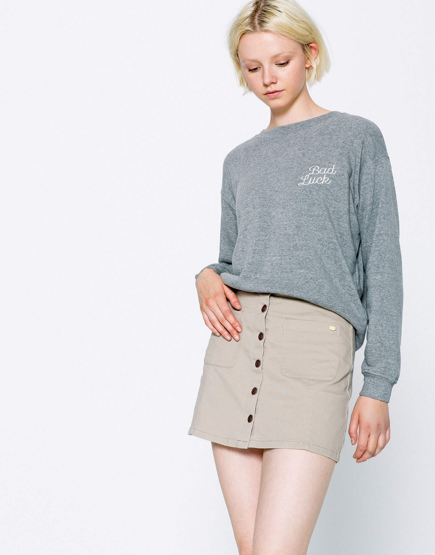 Skirt with pocket and front buttons