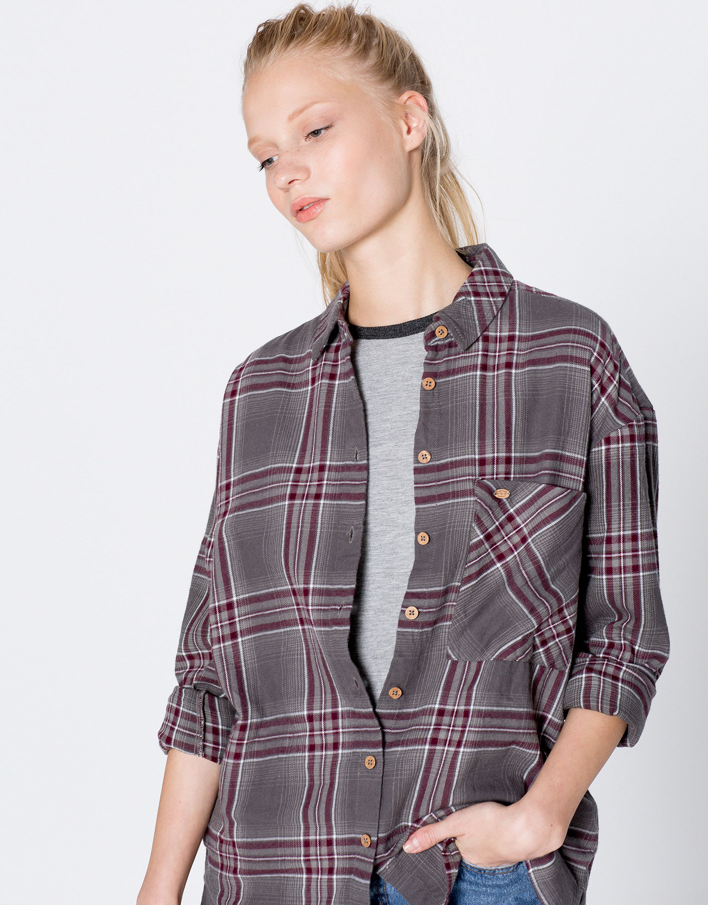 Long-sleeve checked shirt