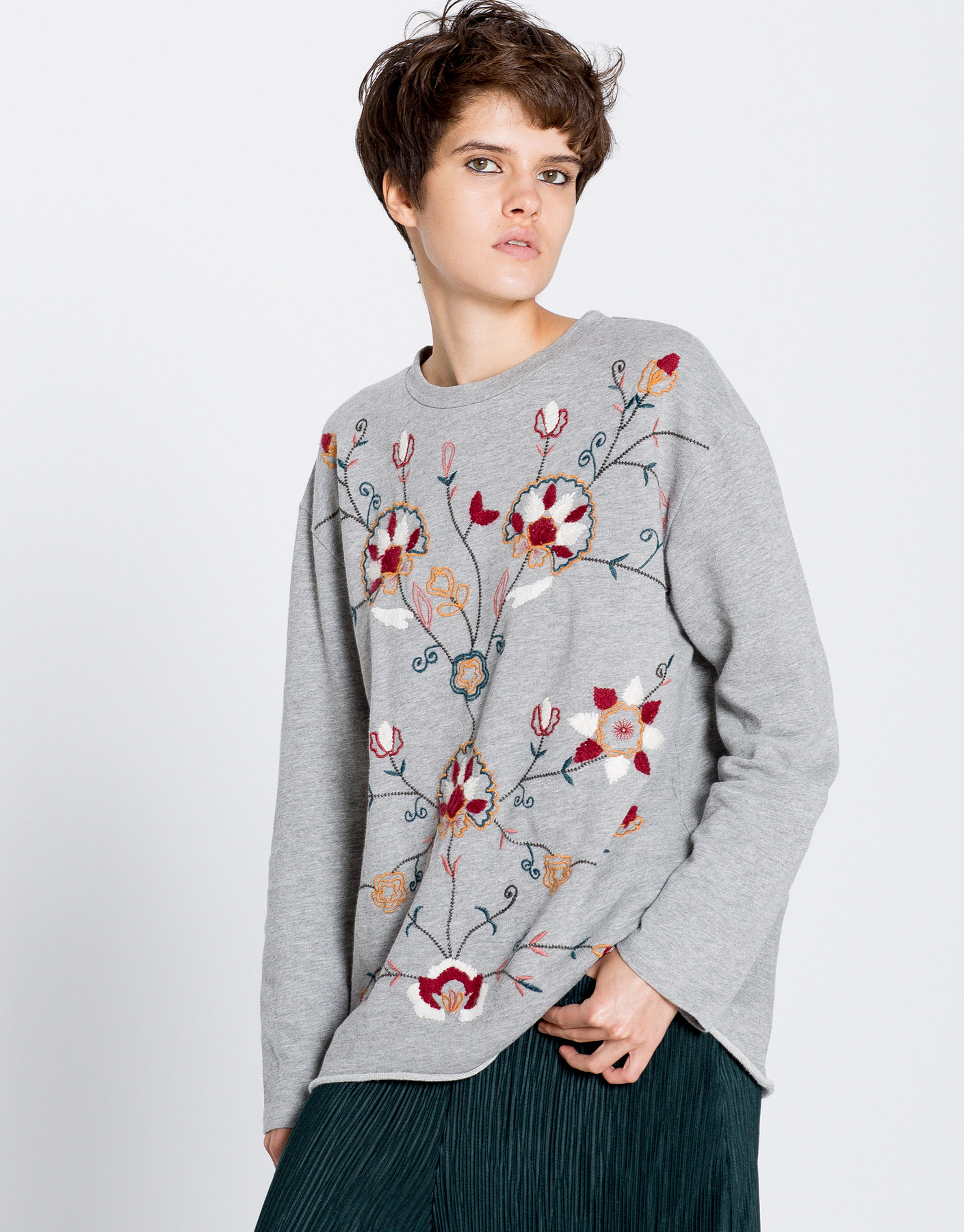 Front floral embroidered sweatshirt