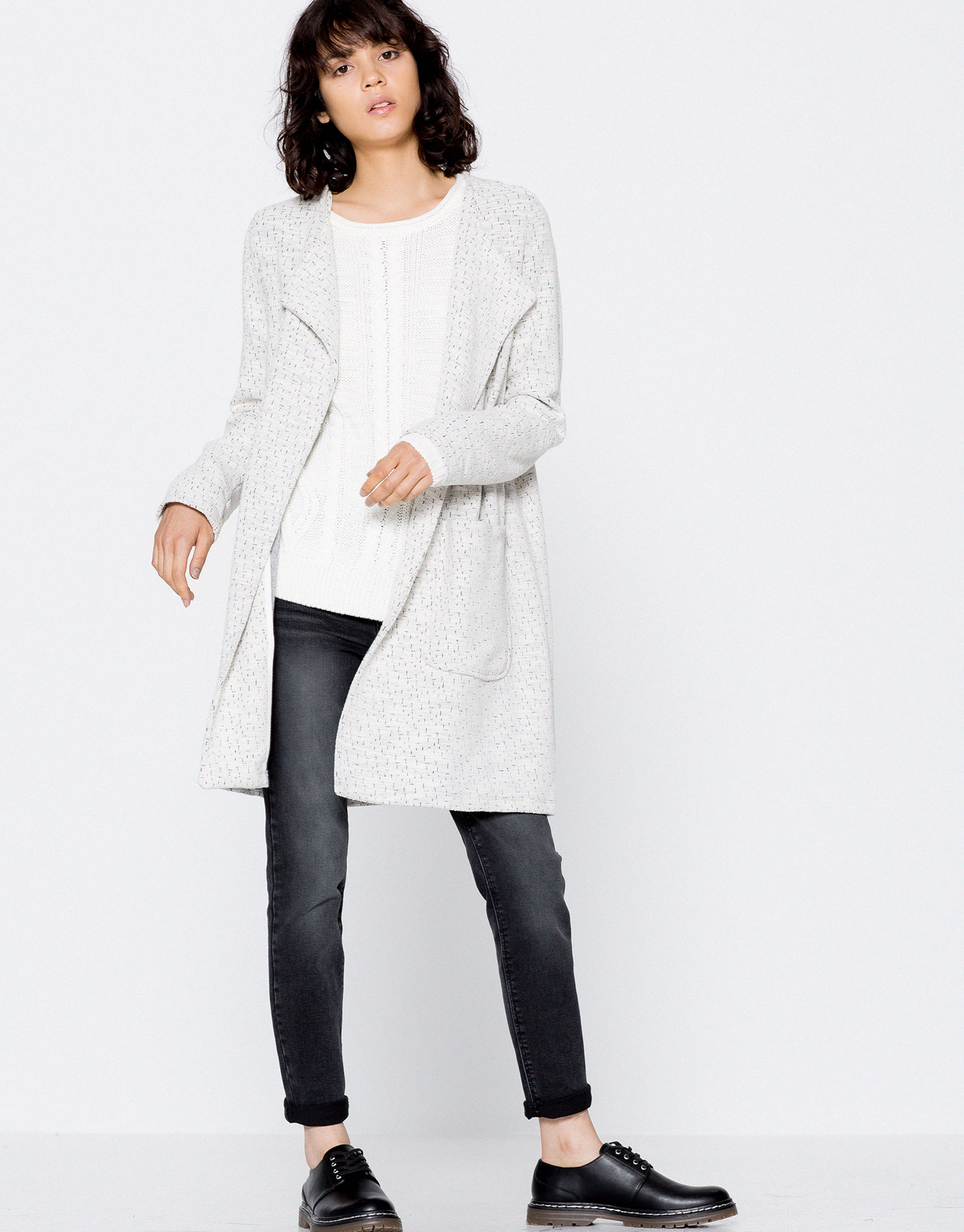 Frayed round neck coat