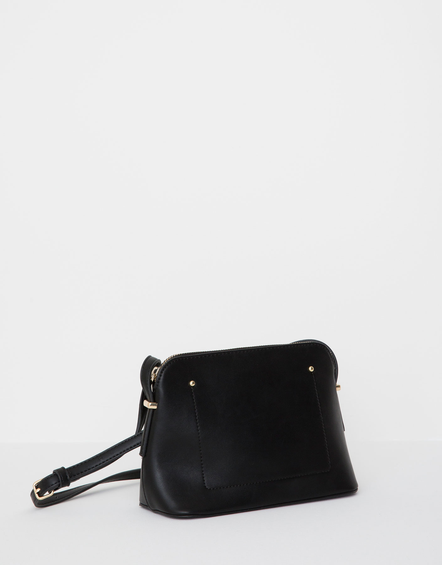 Square-shaped rigid handbag
