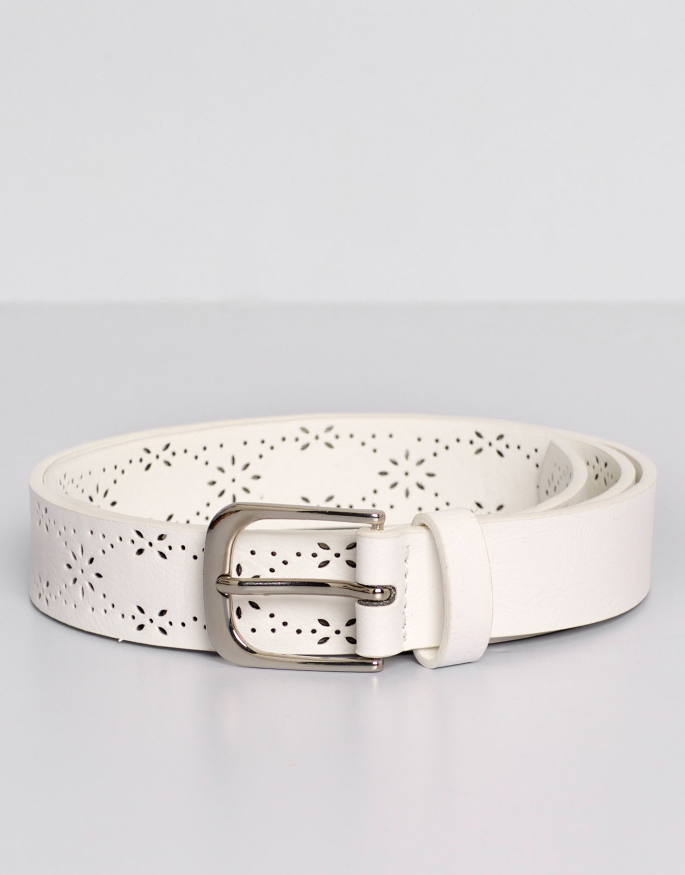 Floral cut-work belt
