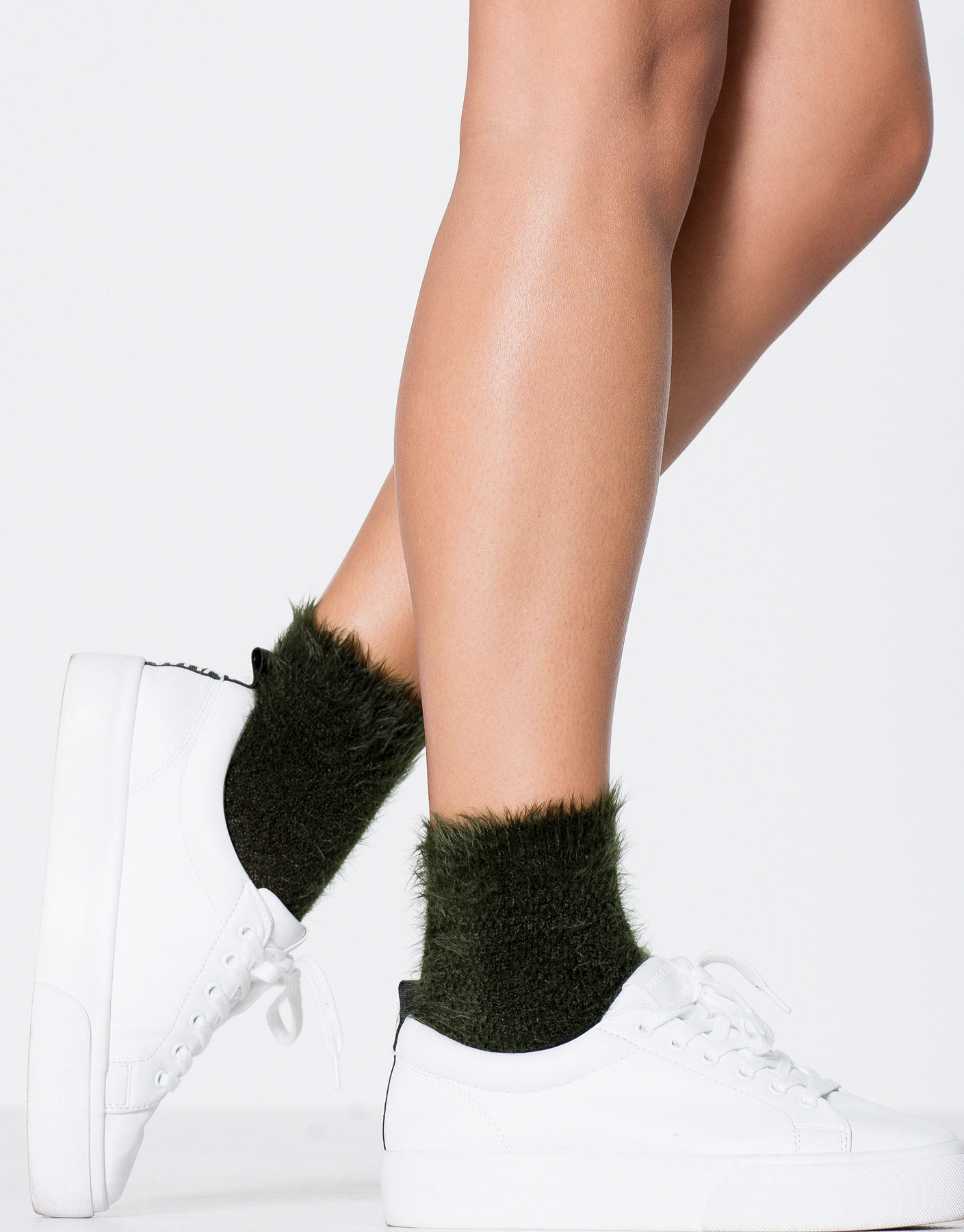 2-pack of furry socks
