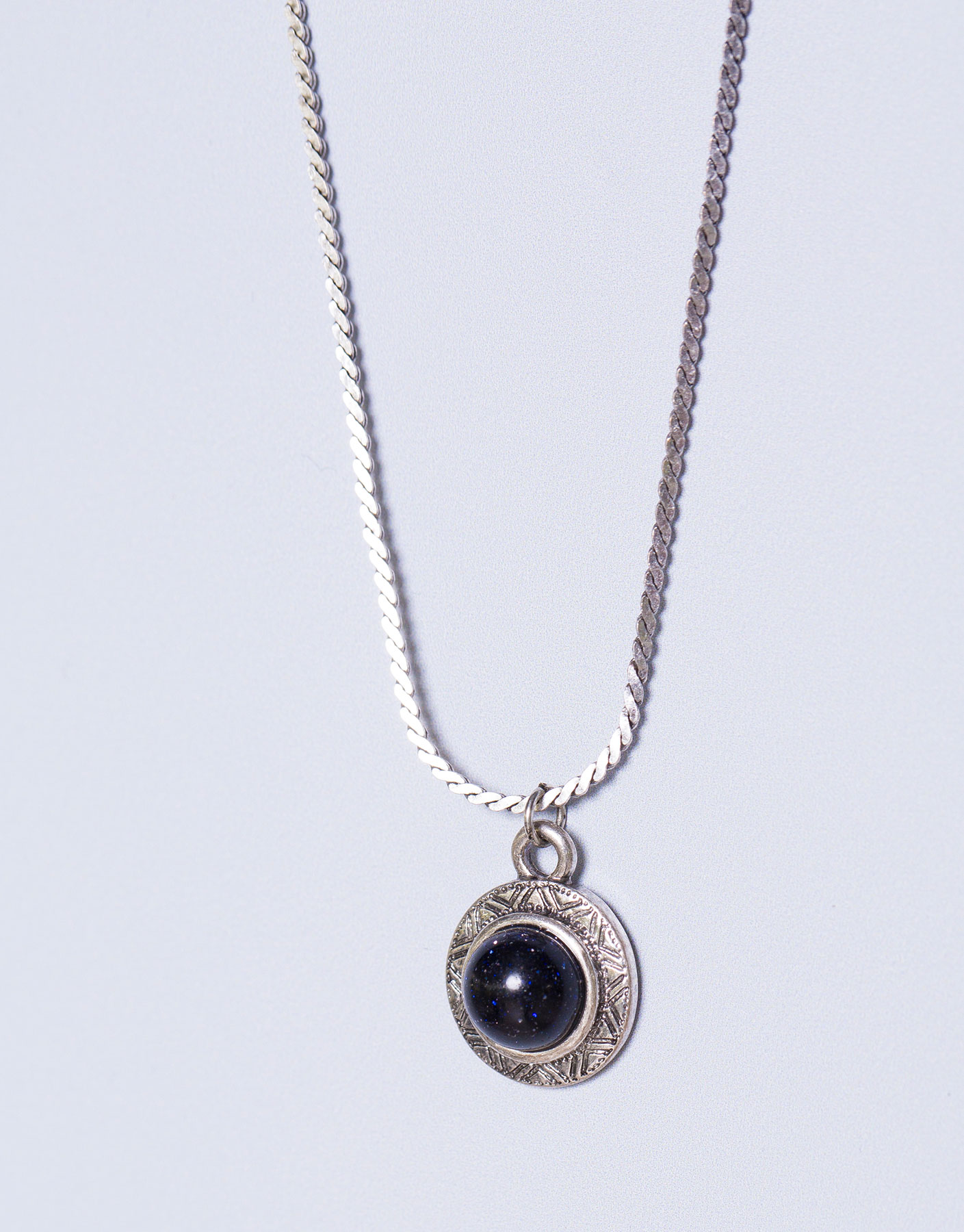 Circular stone necklace