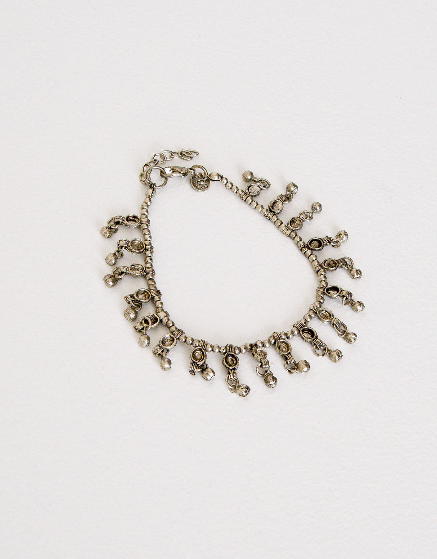 Antique-effect anklet