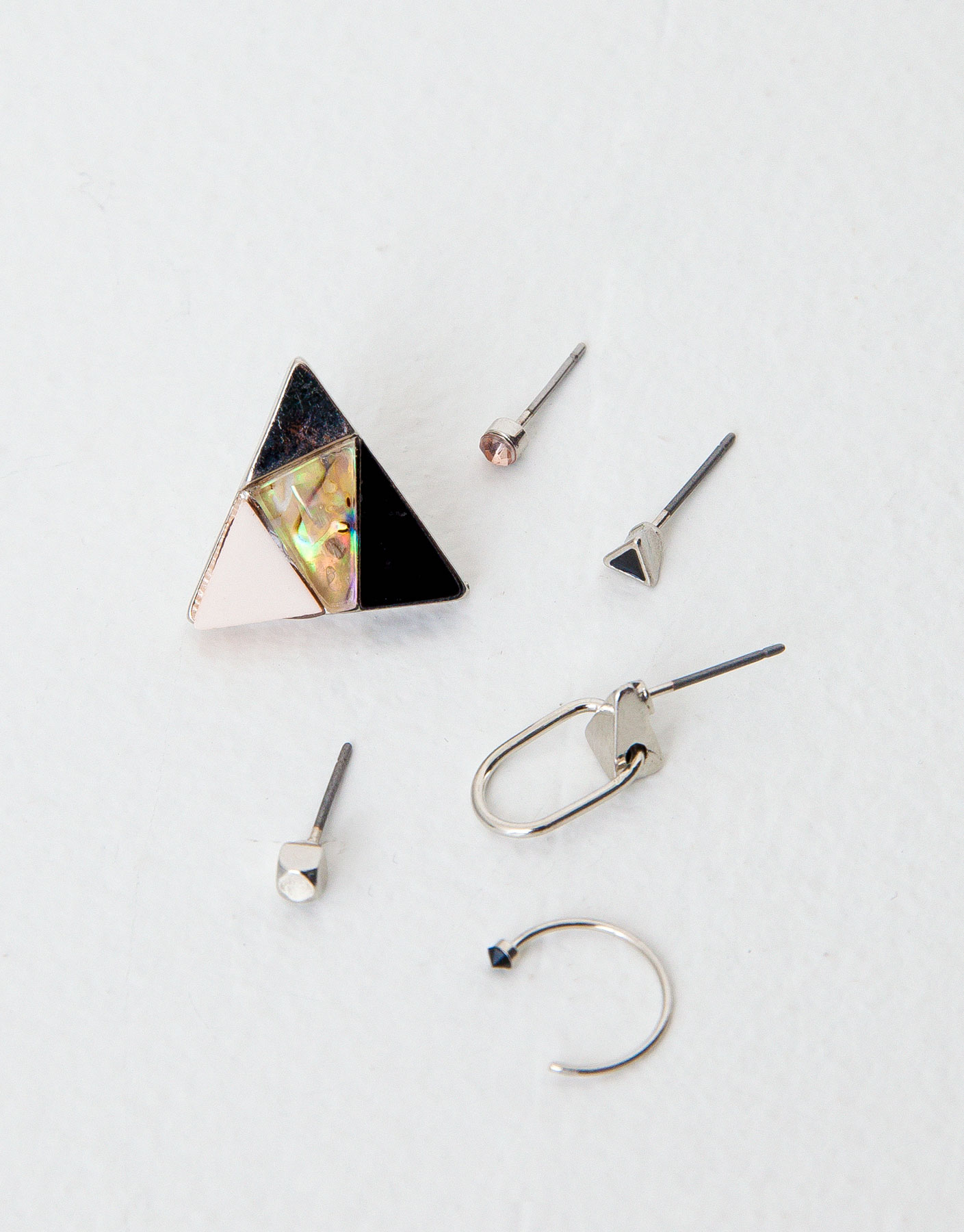 Pack of 6 assorted earrings