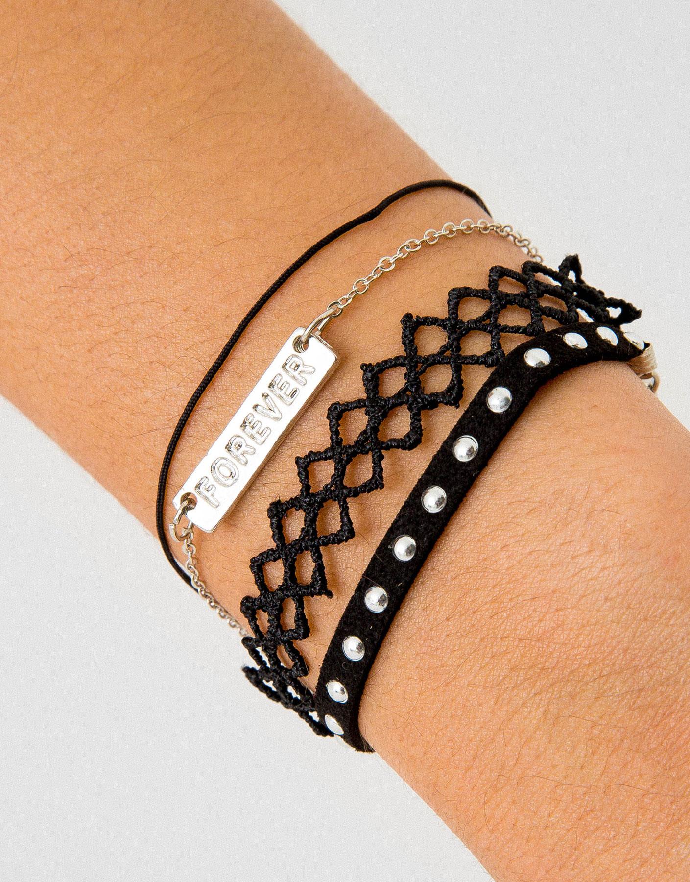 4-pack of bracelets