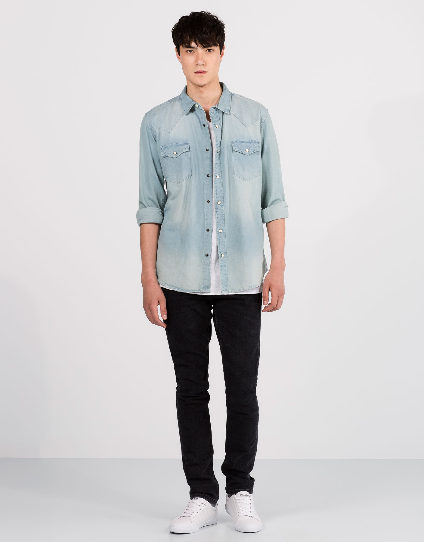 Basic cowboy denim shirt
