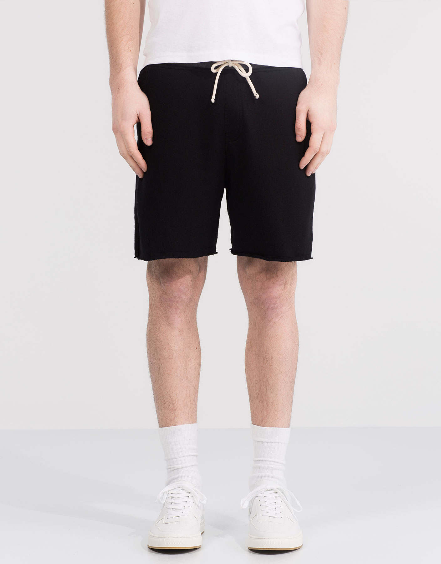 Jogging bermuda shorts with contrasting waist